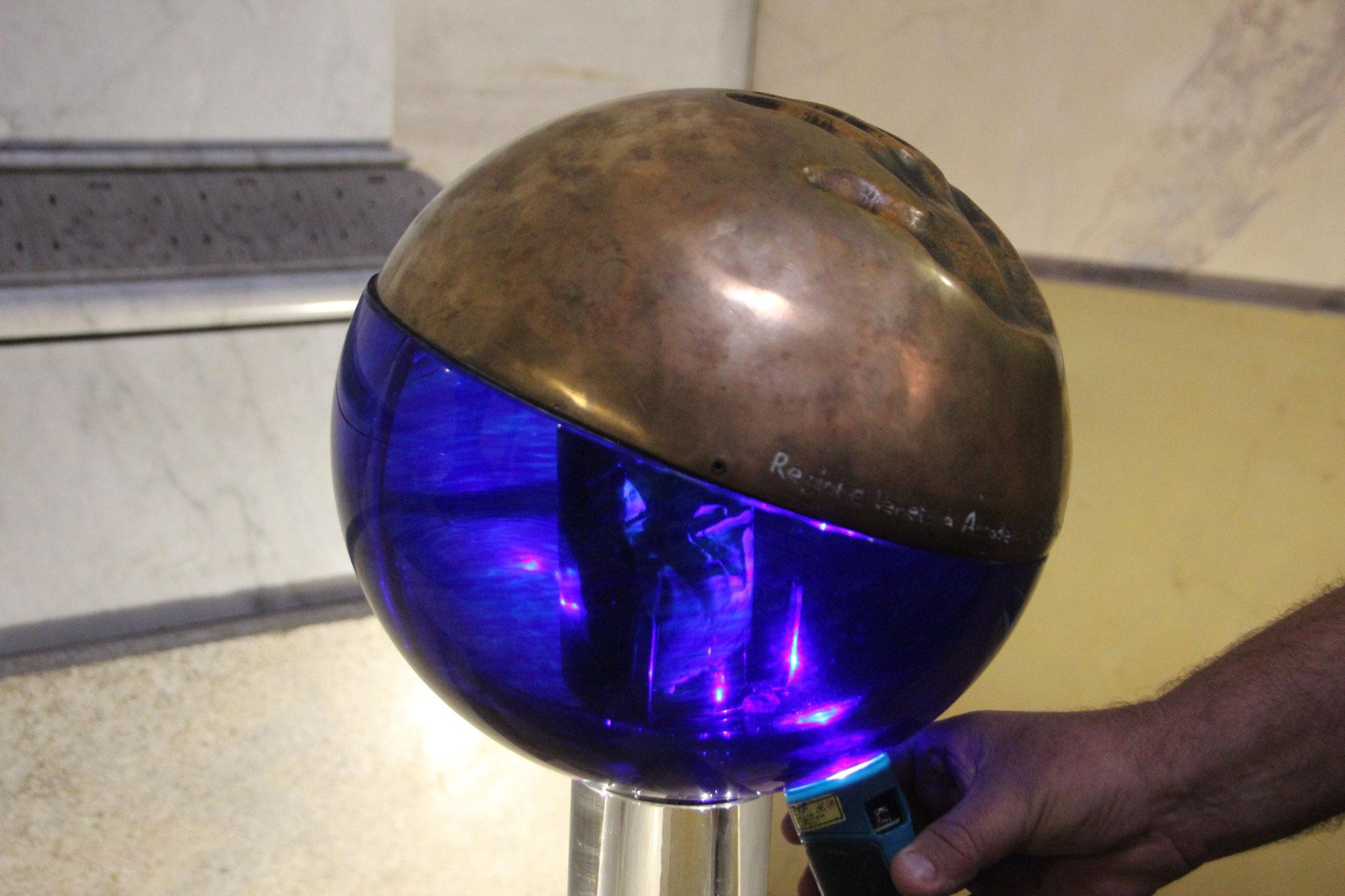 Dans l'église à possagno, la main de Canova