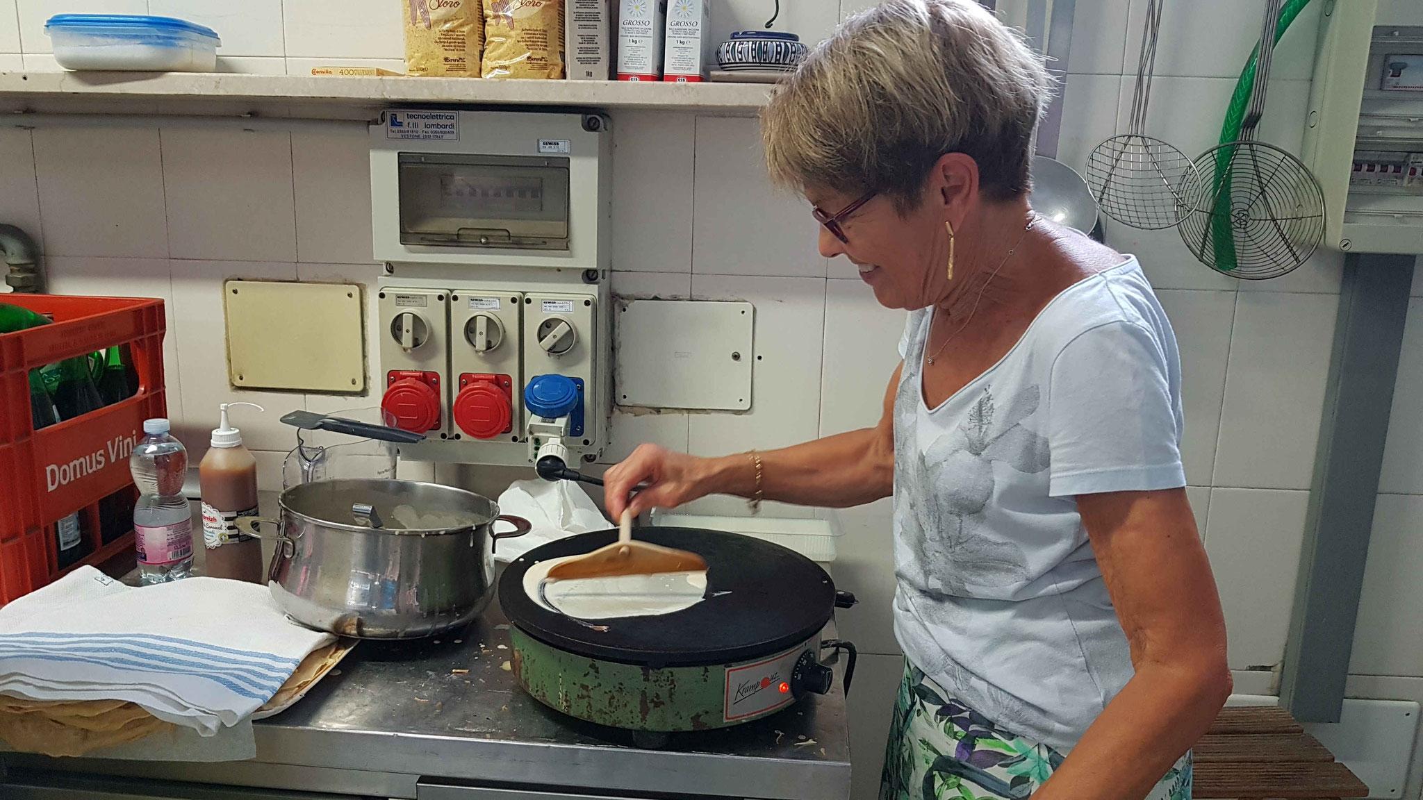 Préparation des crêpes (1)