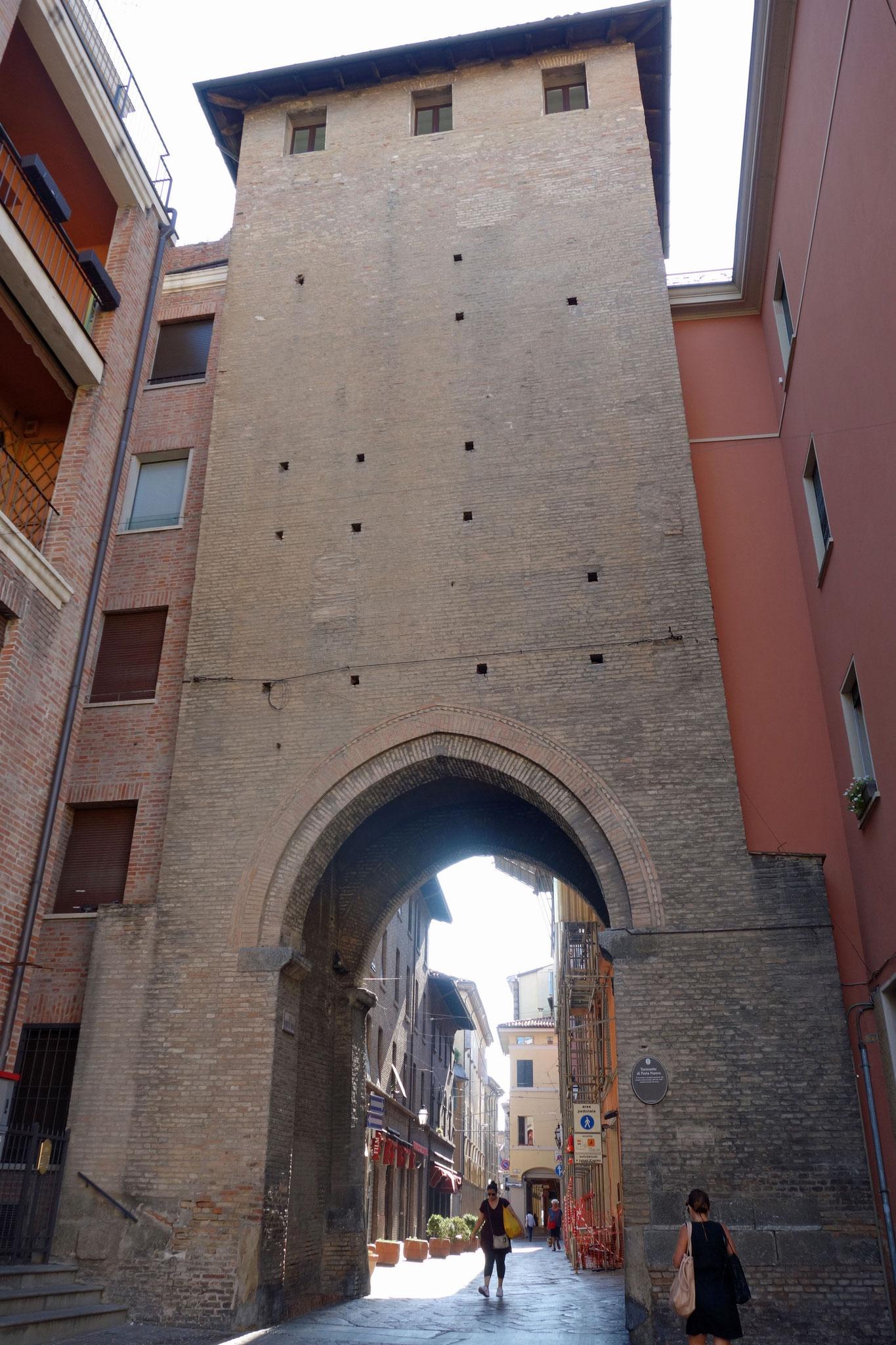 Bologne : Porta Nuova