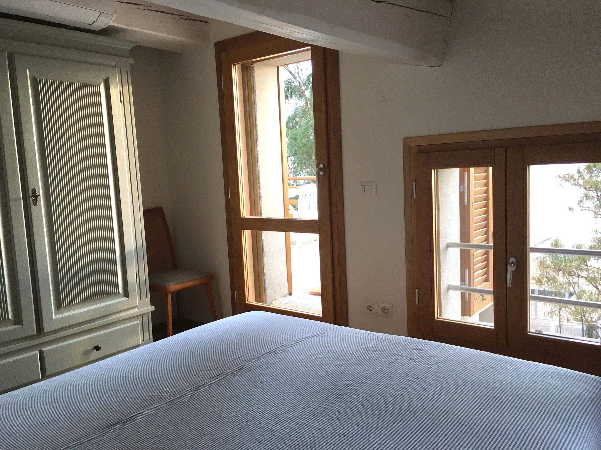 Schlafzimmer Nr. 1 mit Doppelbett ...