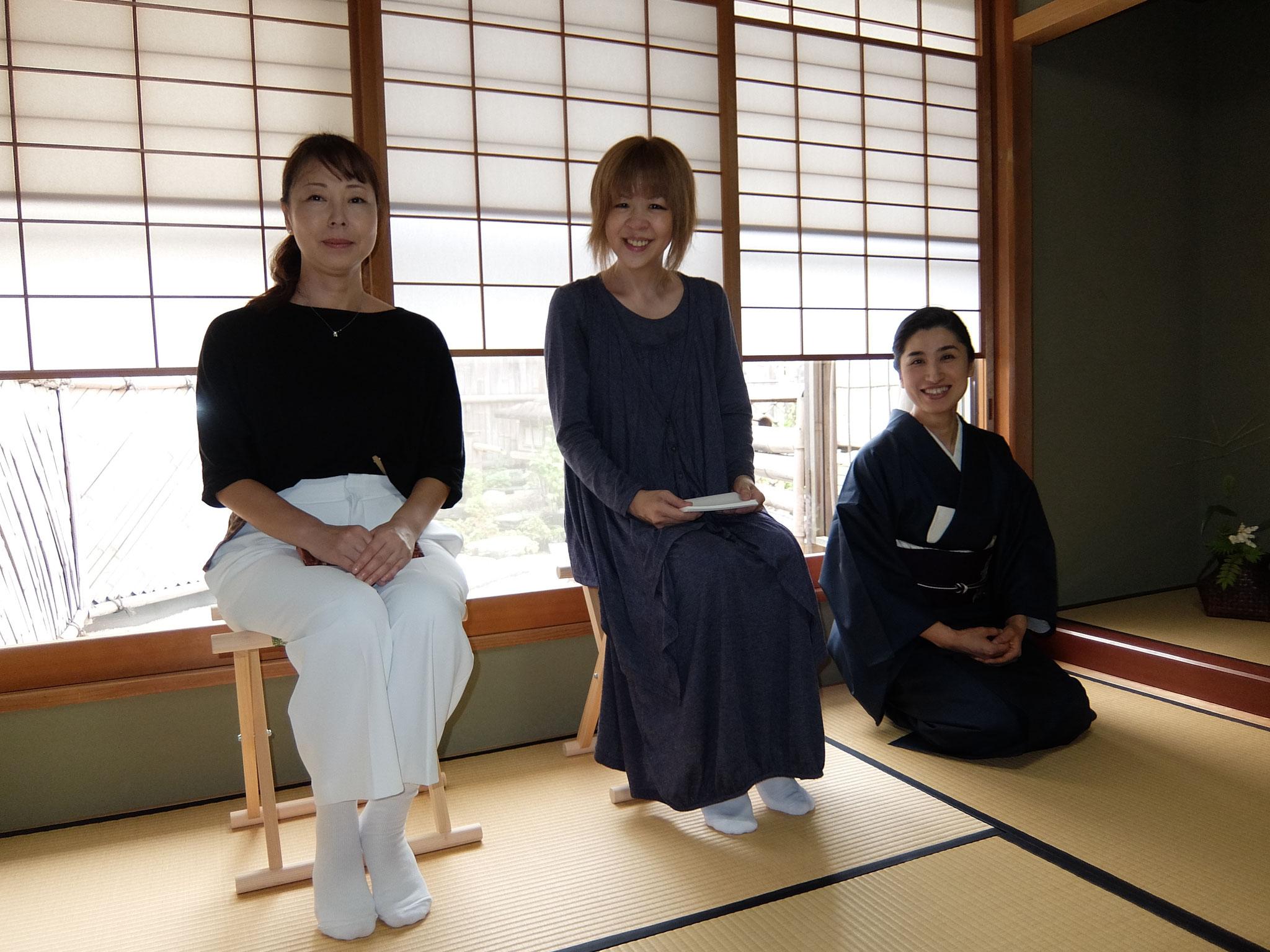 左から木下公恵さん、鈴木明美先生、雅由