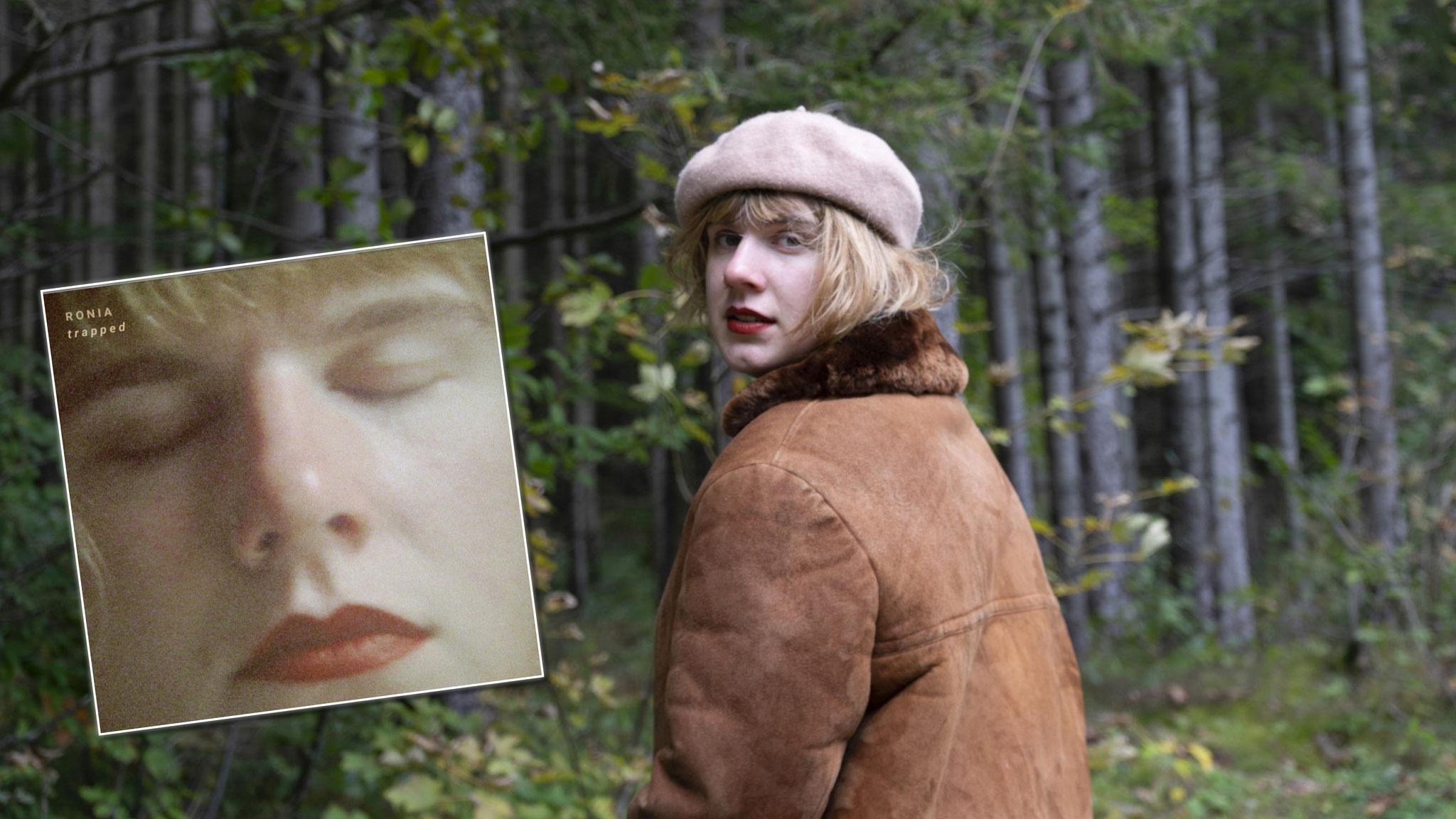"Sängerin R o n i a mit Debütsingle ""Trapped"" (c) Mira Klug"