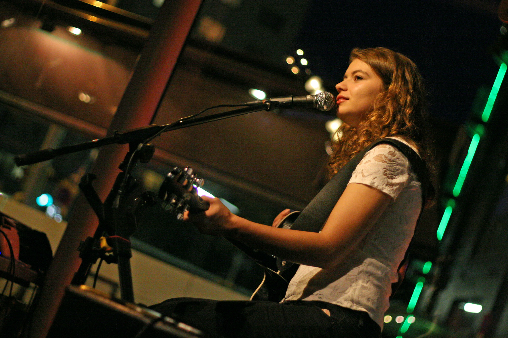 Ines Perndorfer @ Addicted To Rock, 22.09. (c) miggl.at