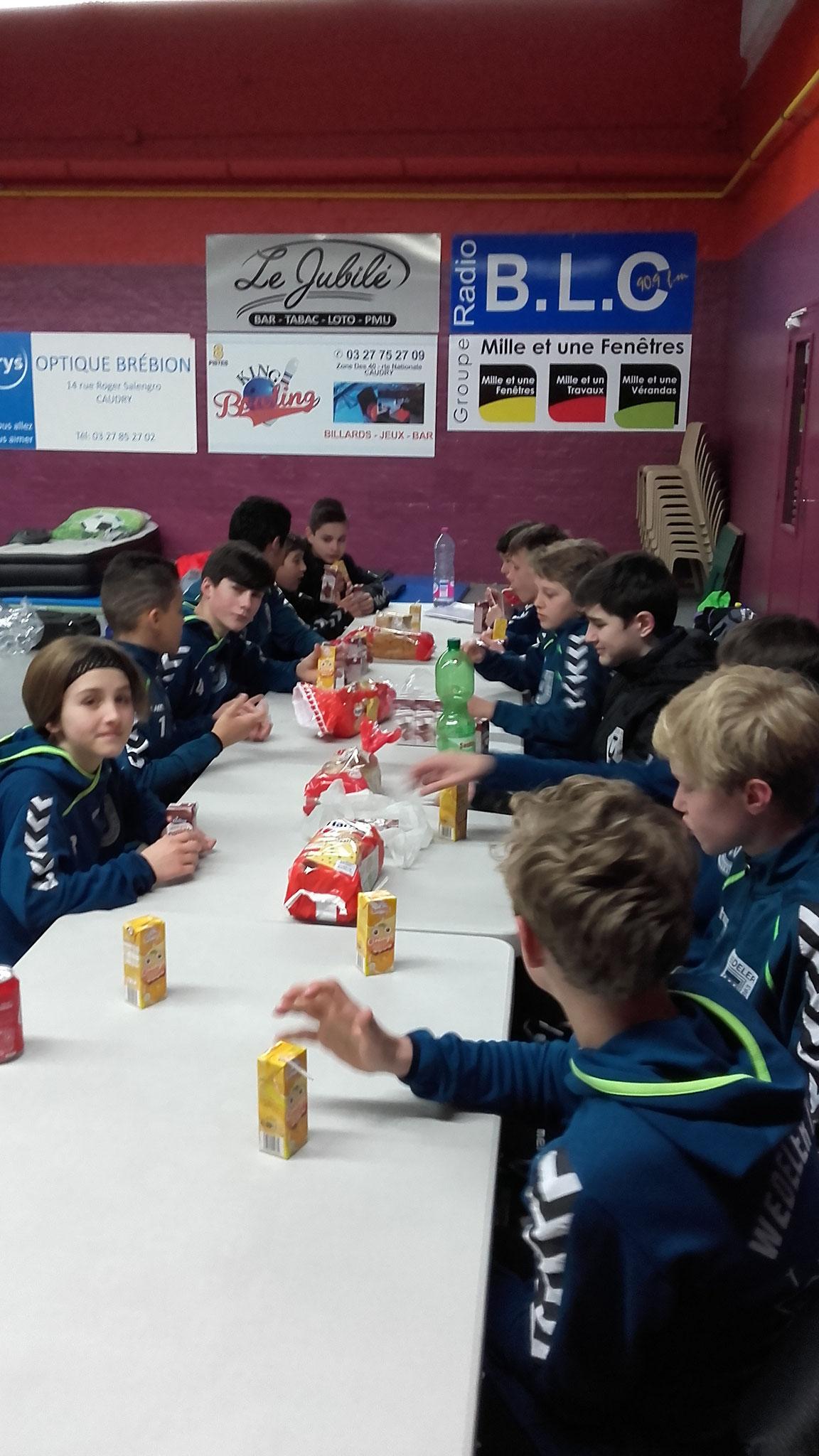 Frühstück vor Turnierbeginn