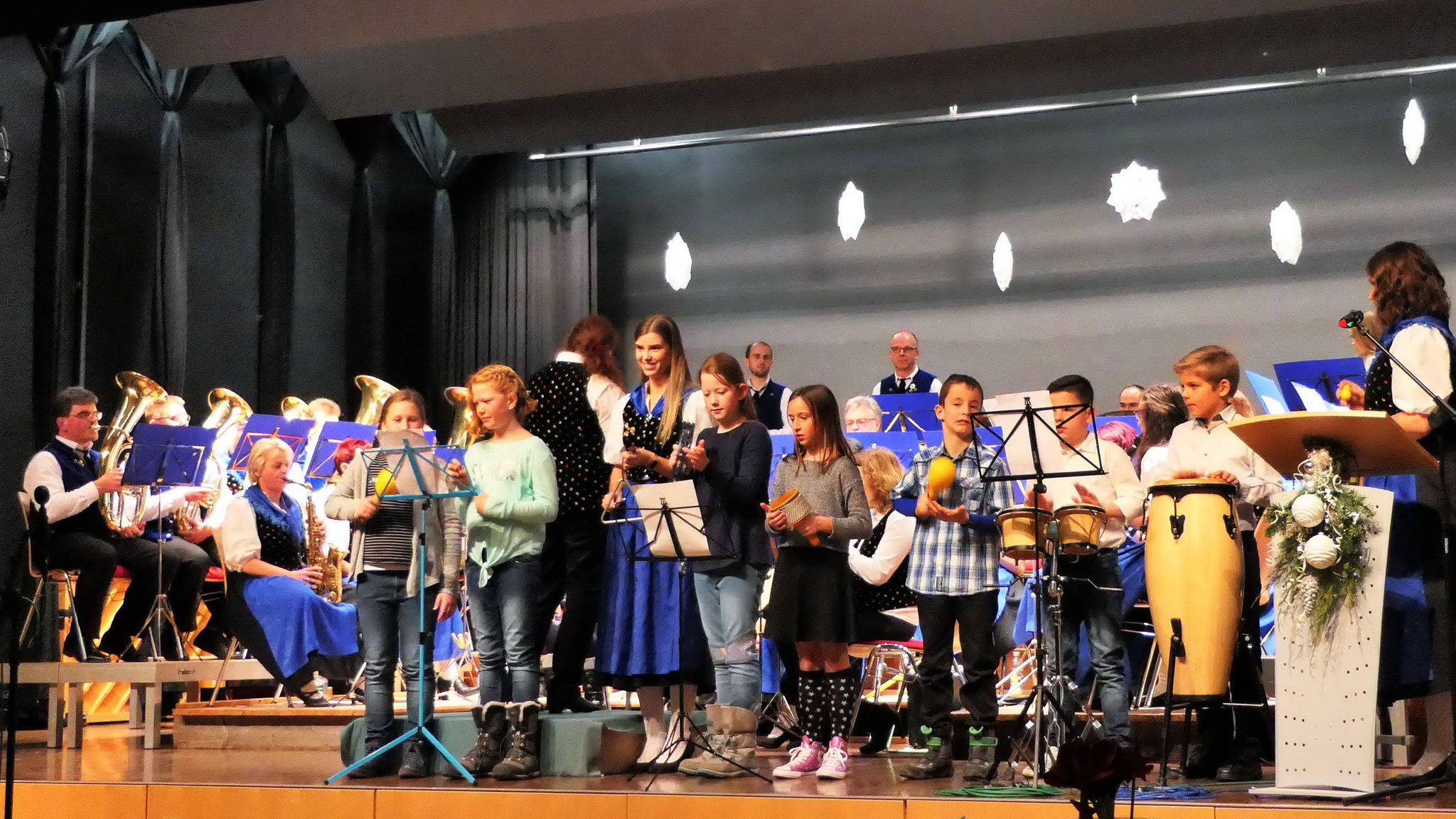 Unsere Jungmusiker bei ihrem ersten Auftritt