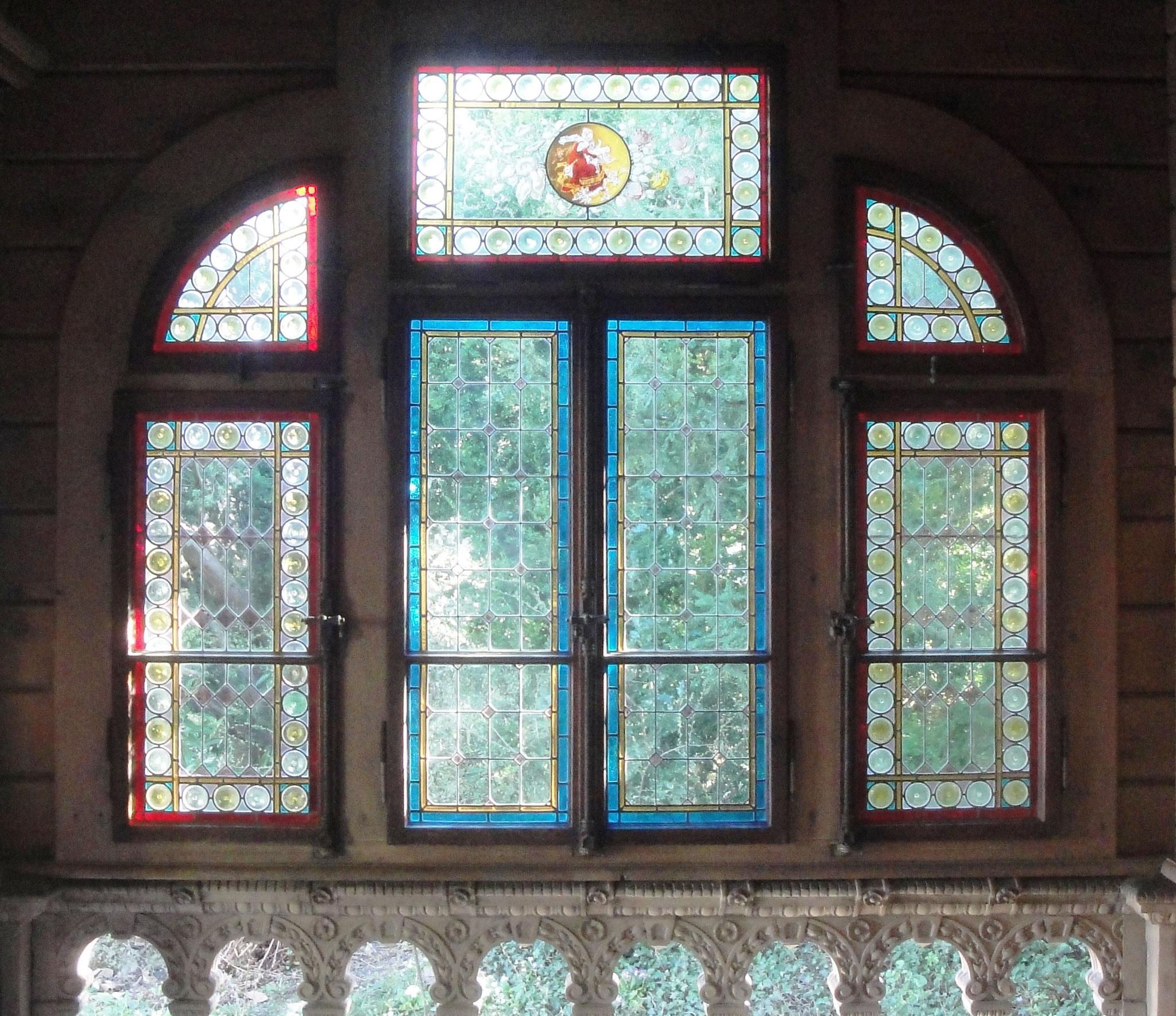 Fensterfront des Chalets von innen