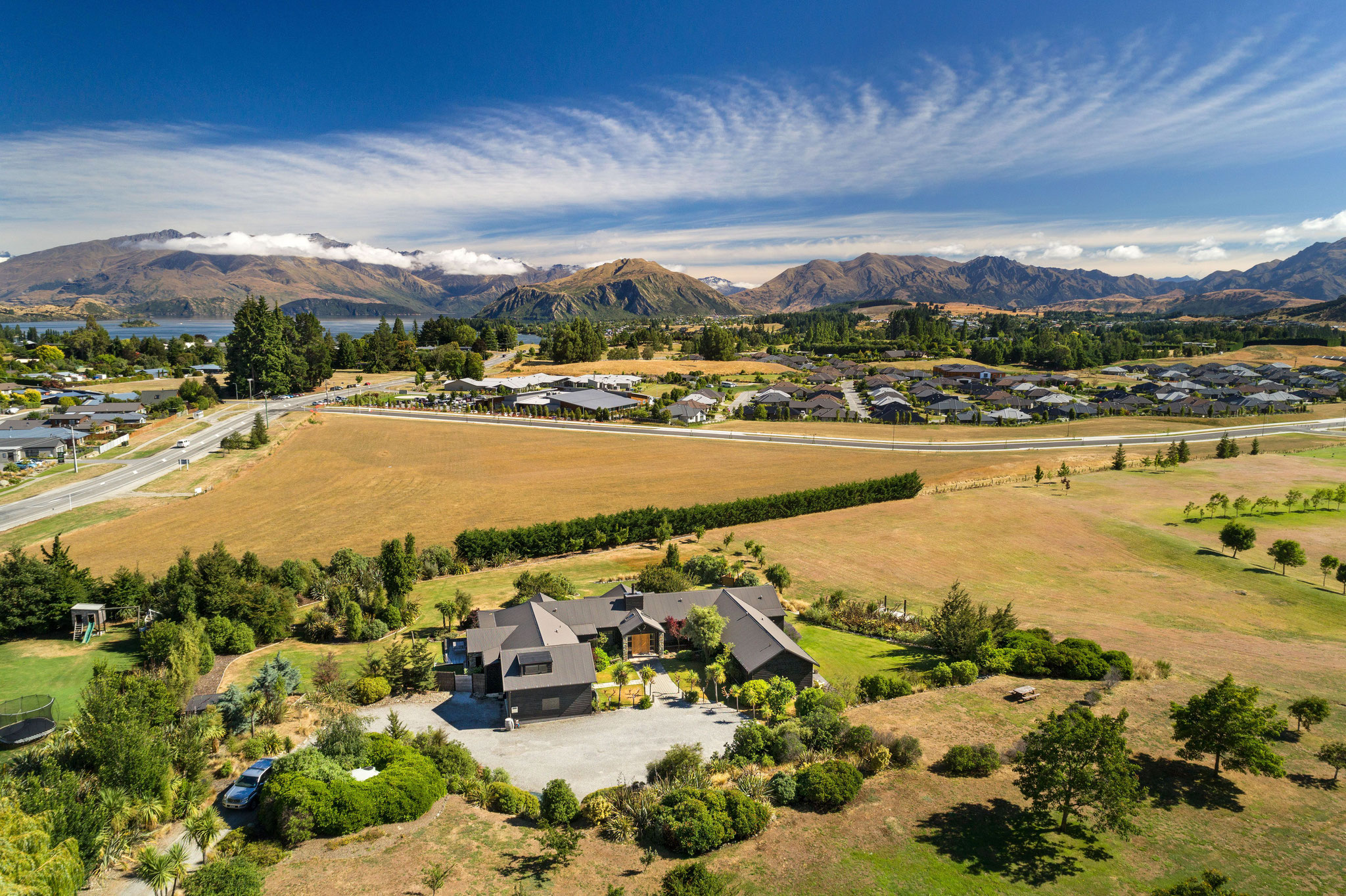 Mountain Range Lodge, Sales Specialists and Representation in Australia and New Zealand by GSA Hospitality