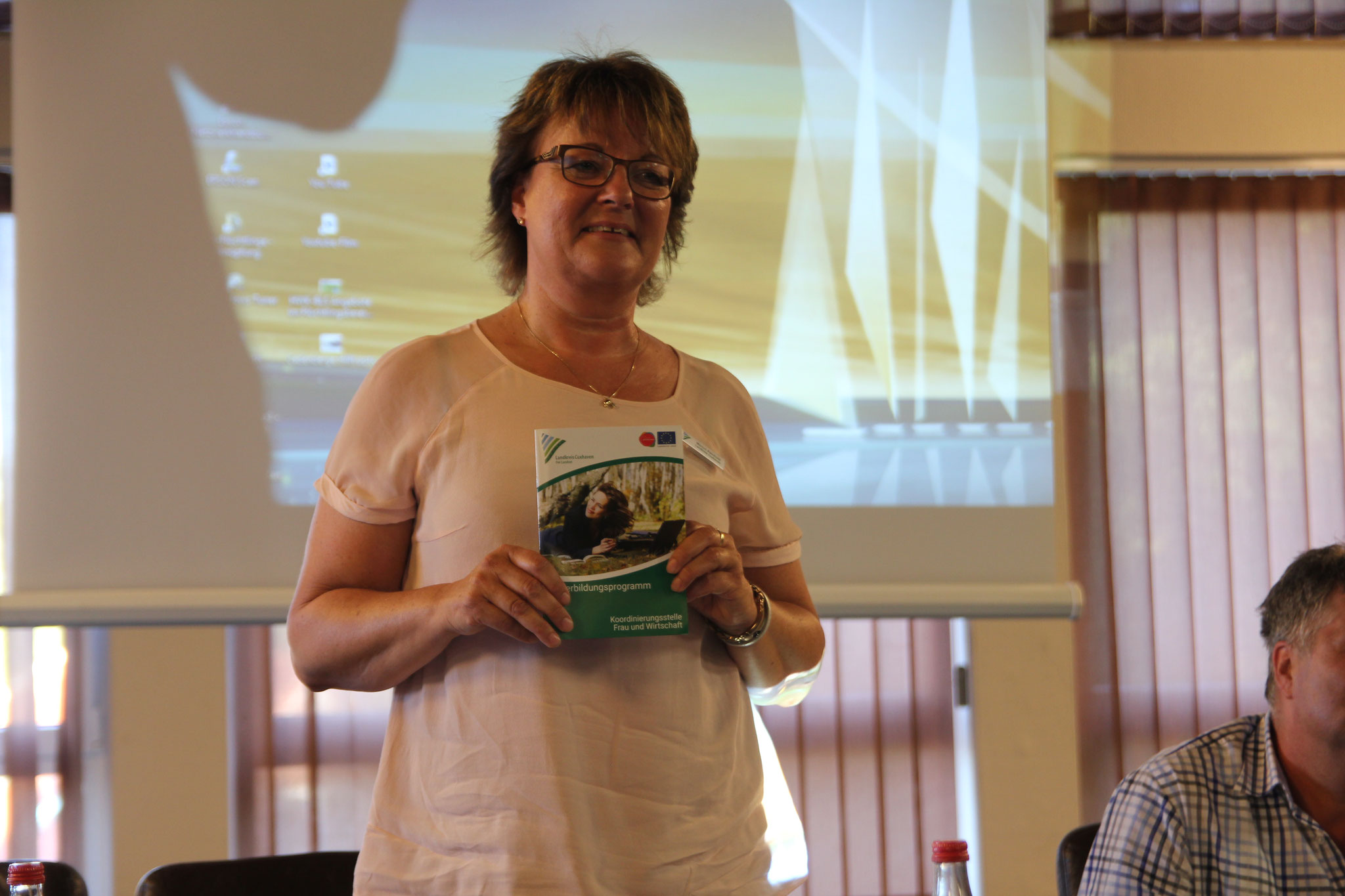 Frau Reinhold, Agentur für Wirtschaftsförderung - Koordinierungsstelle Frau und Wirtschaft