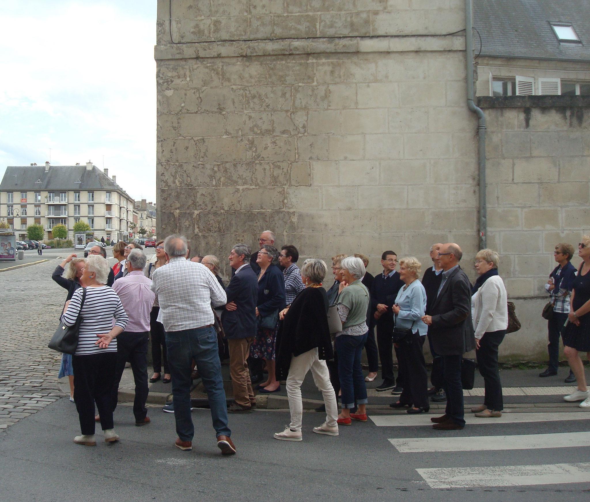 La visite guidée de Soissons
