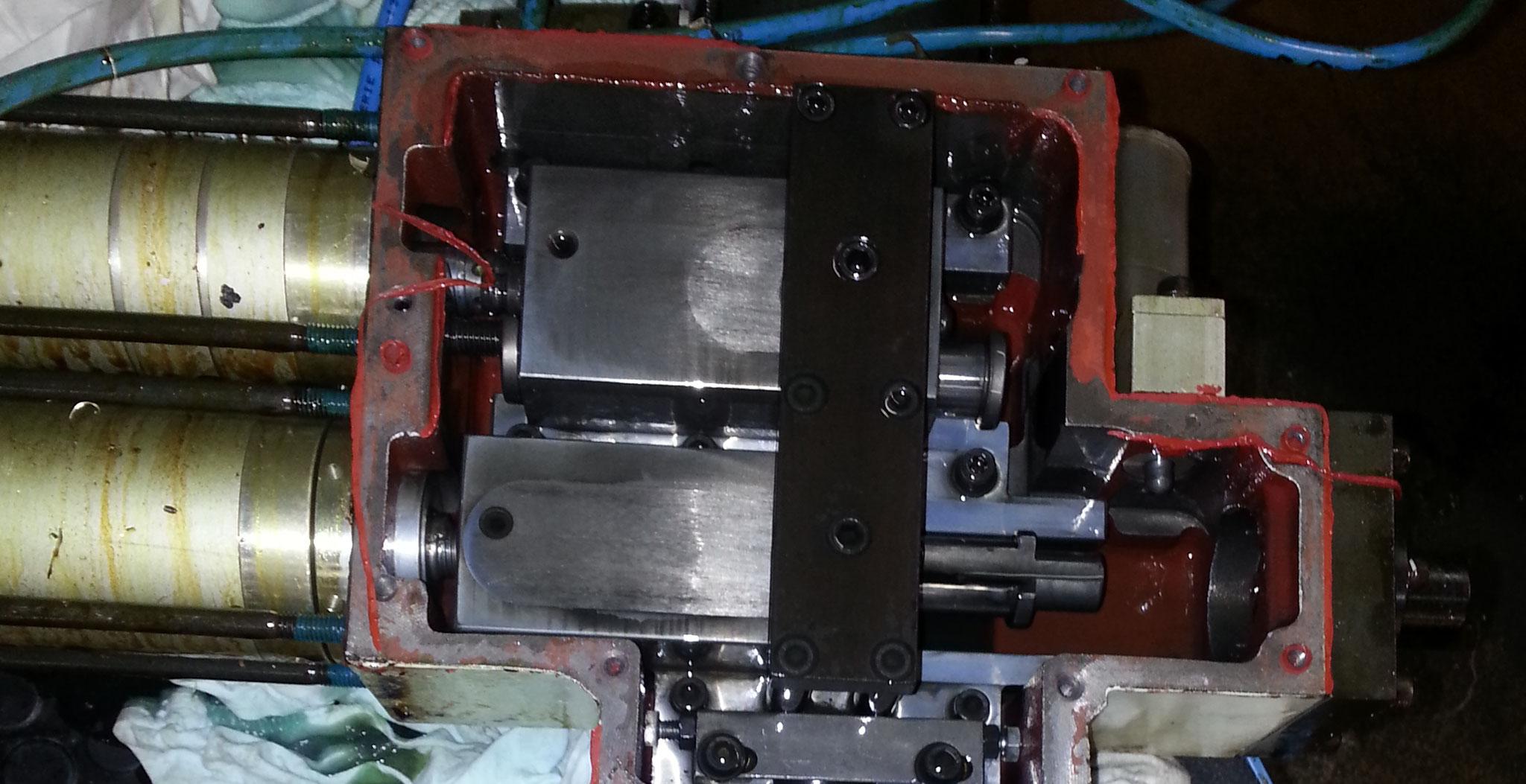 Reparatur Doppelarmgreifer Hurco