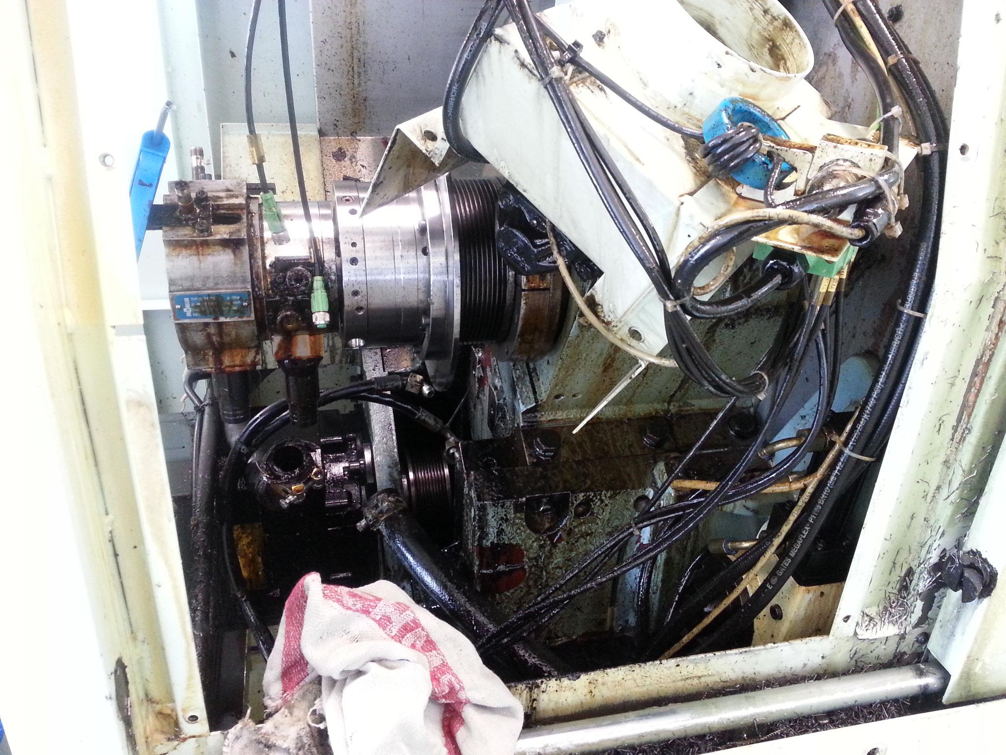 Ersetzen Antriebsriemen Hauptspindel Biglia B501