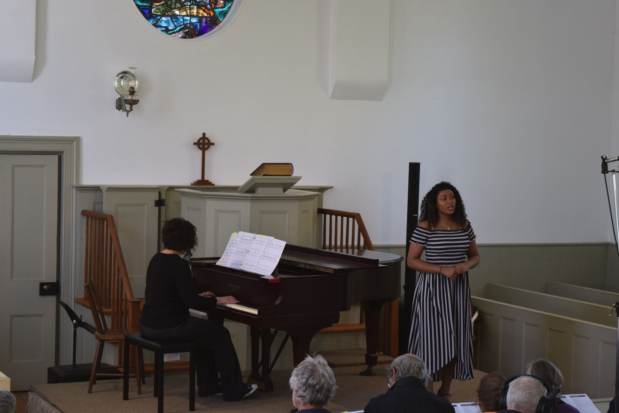 Vocalist Cydney Morris in performance accompanied by Christina Edwards.