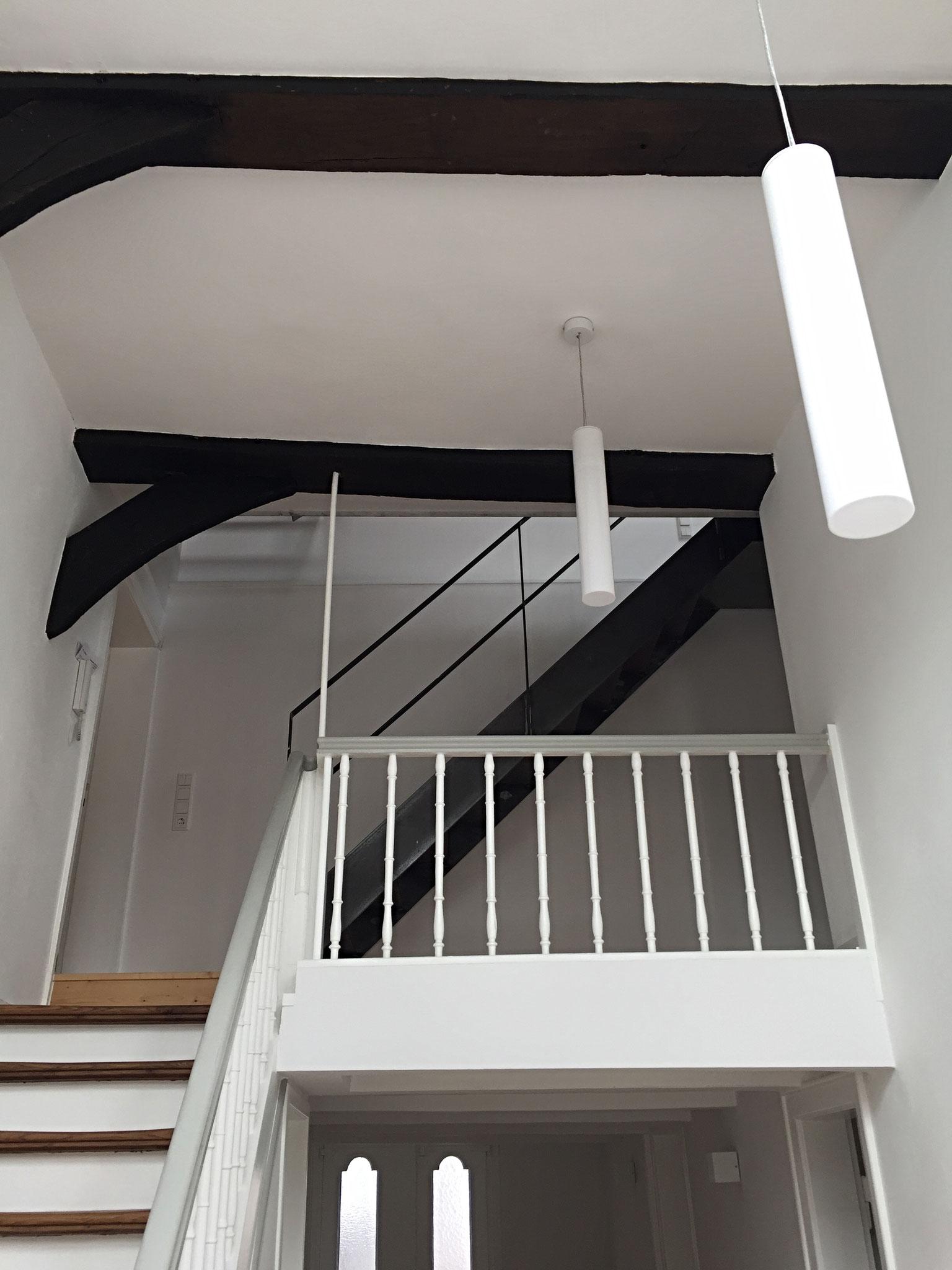 FeWo: Treppenhaus und Galerie