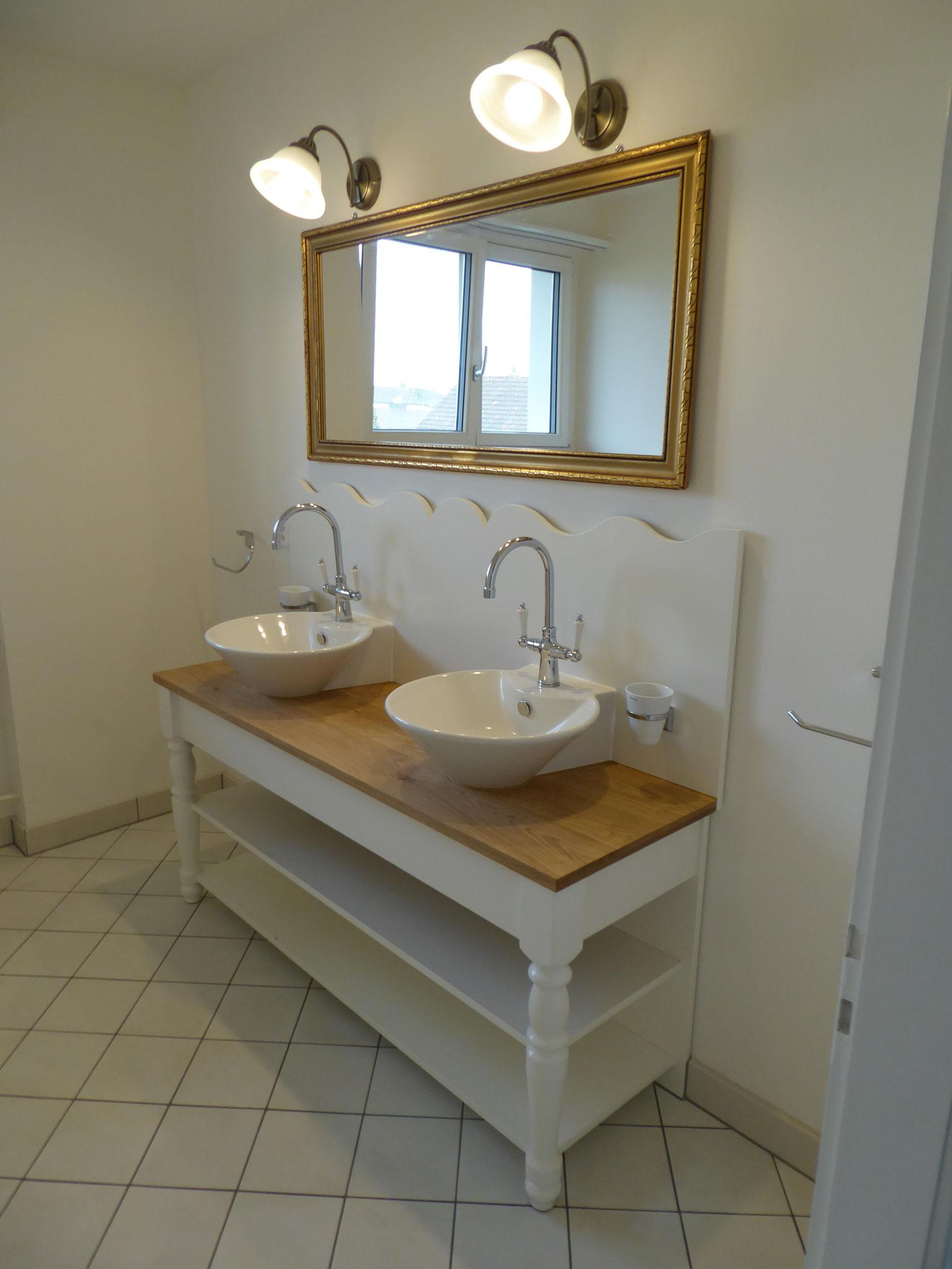 Badmöbel montiert in EFH Zofingen
