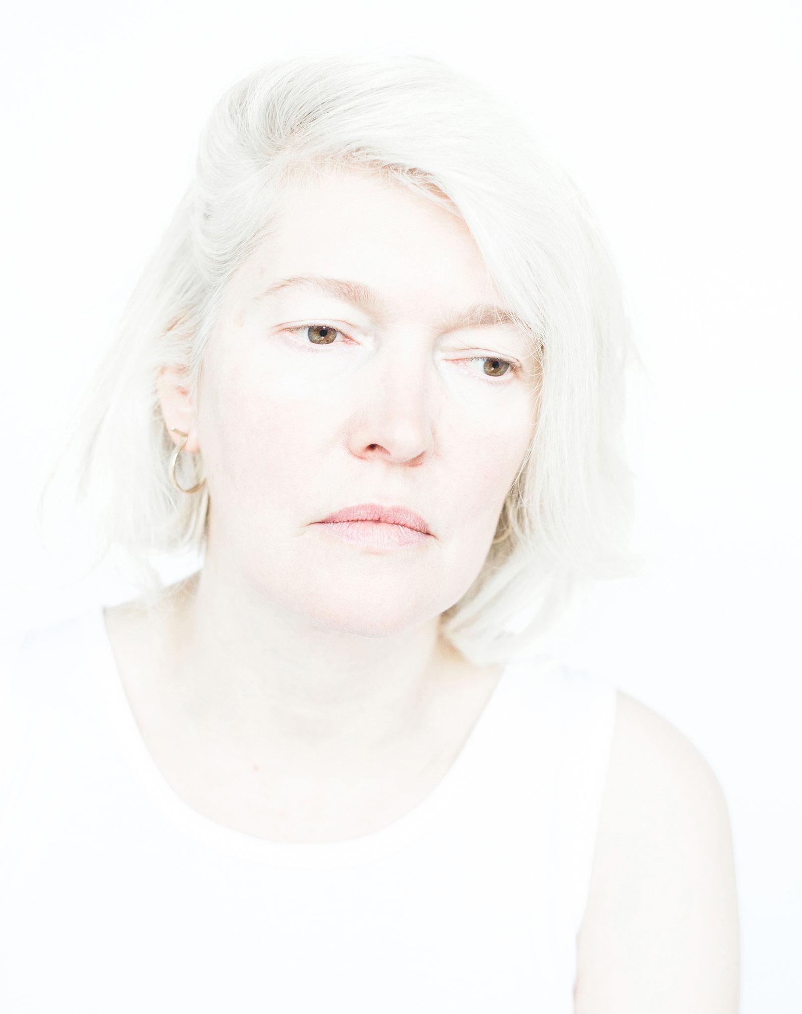 CAROLINE |ZÜRICH   | Contemporary Art Photography