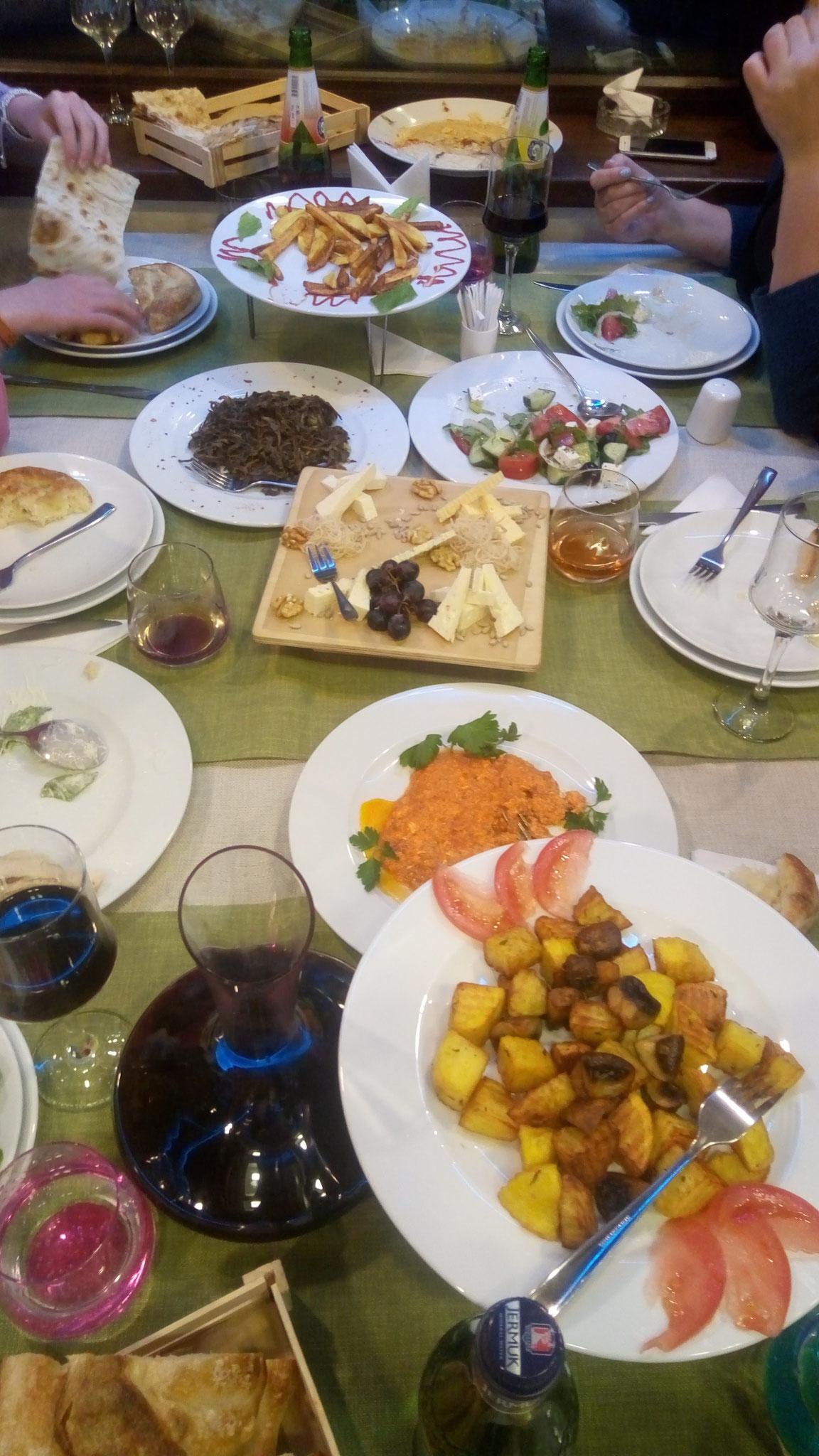 Kleine Auswahl armenischer Vorspeisen