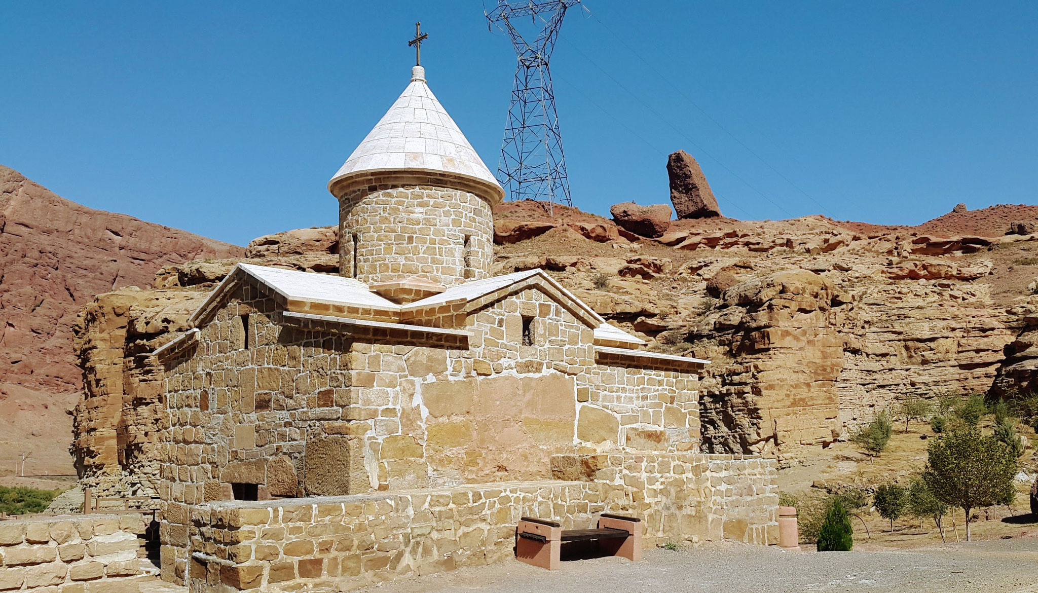 Armenische Hirtenkapelle am Fluss Arax