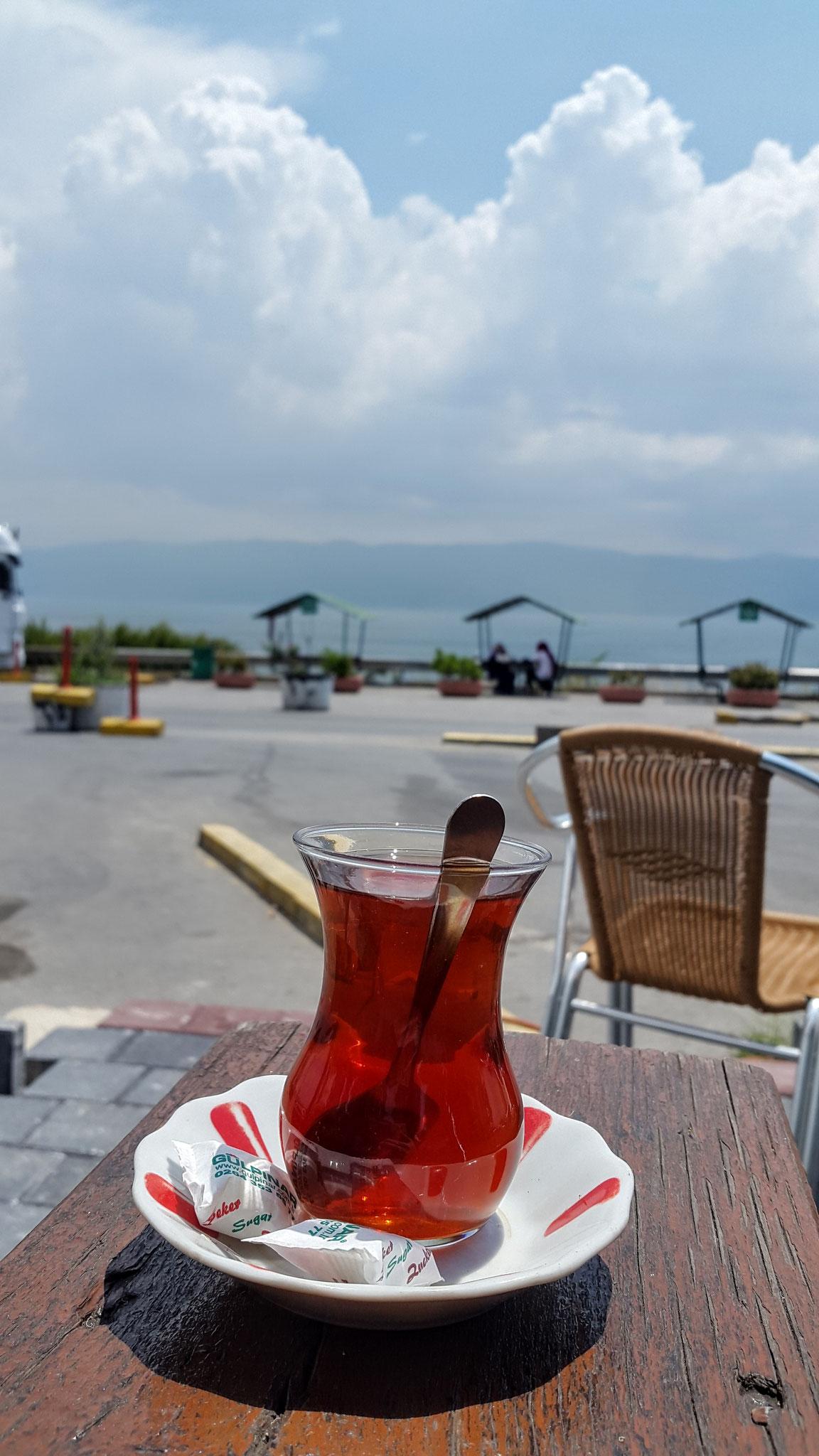 Letzter Tee vor Istanbul, schon am Marmara-Meer