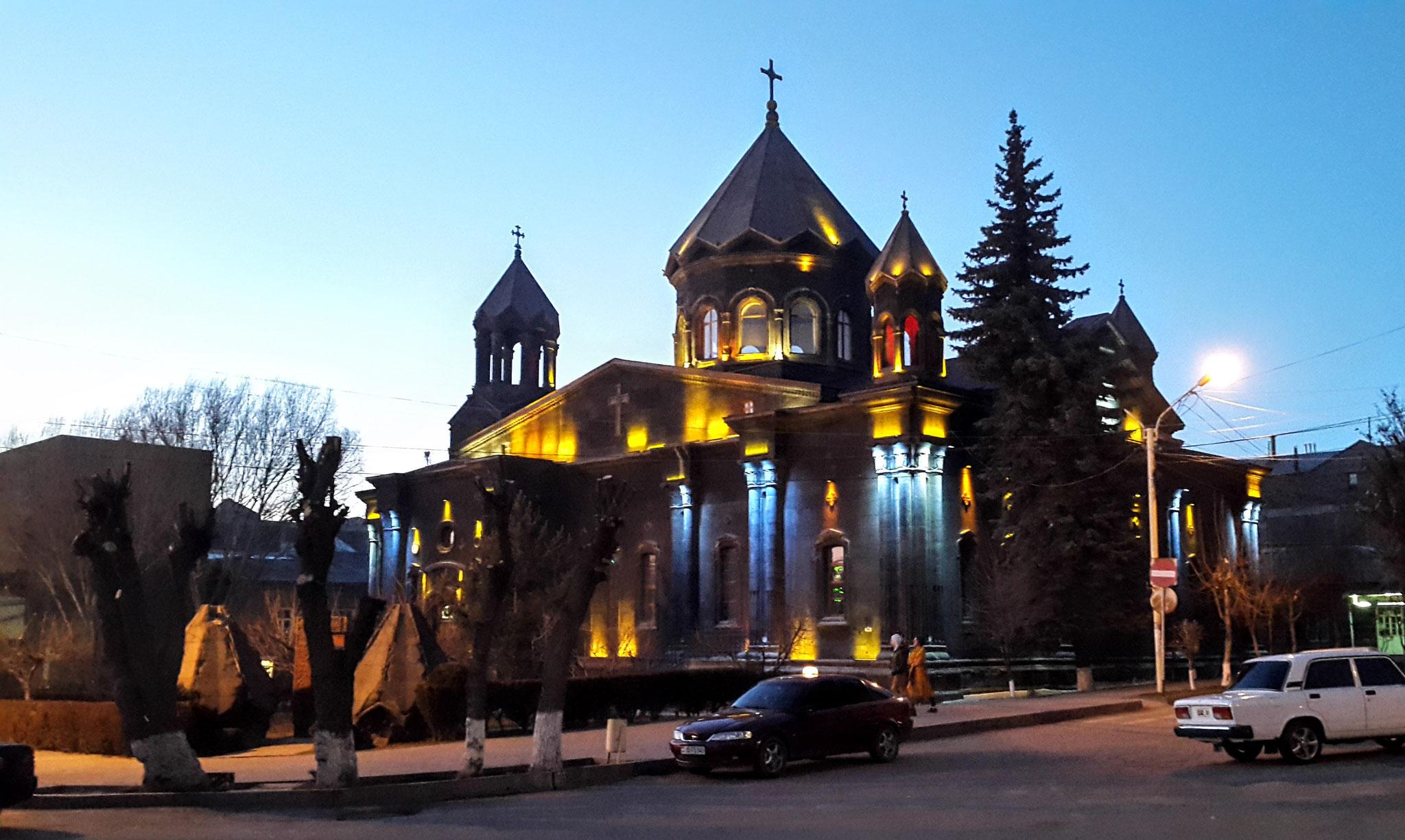 Hl. Yot Verk Kirche am Abend