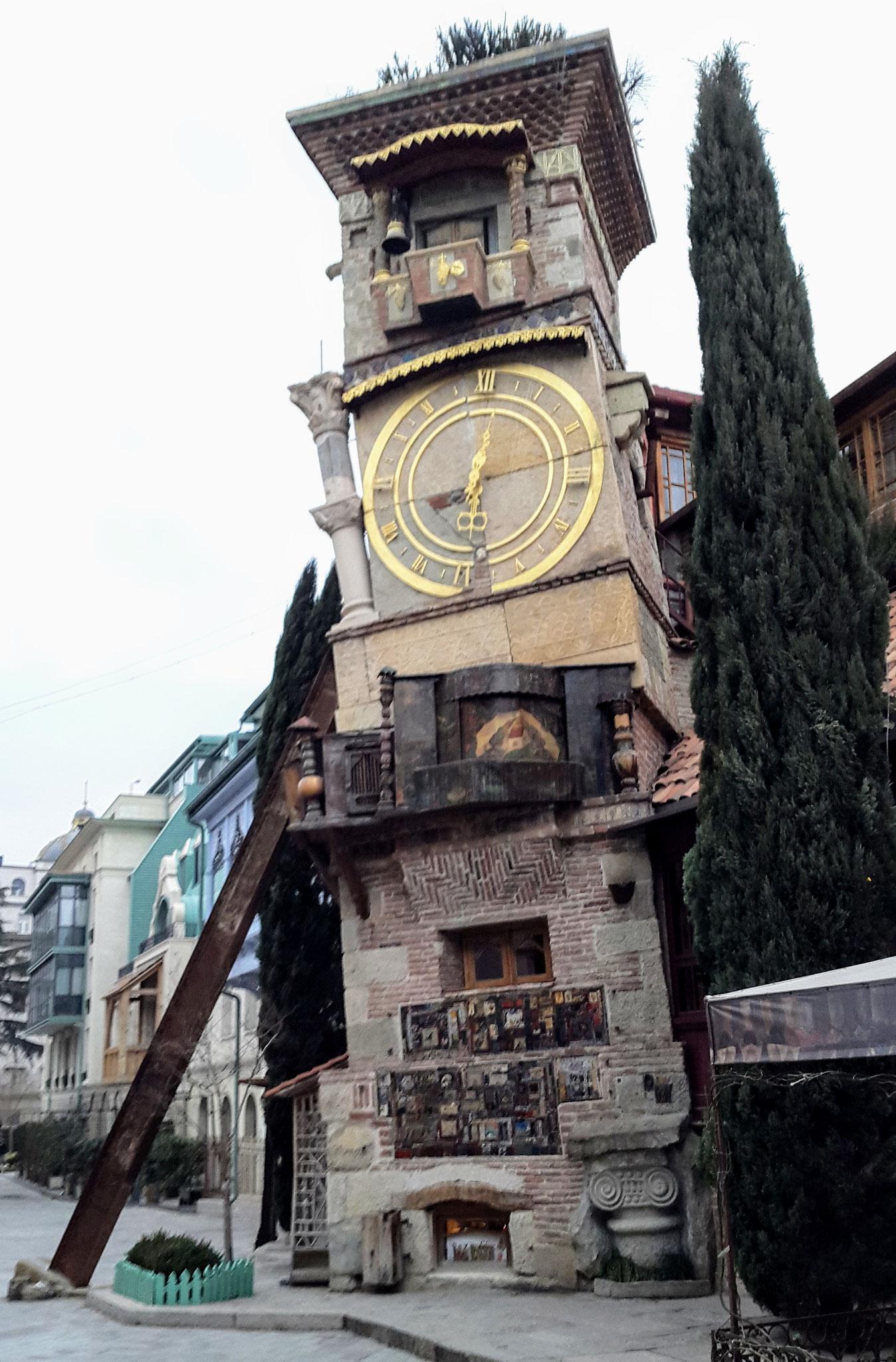 Uhrturm von Rezo Gabriadze