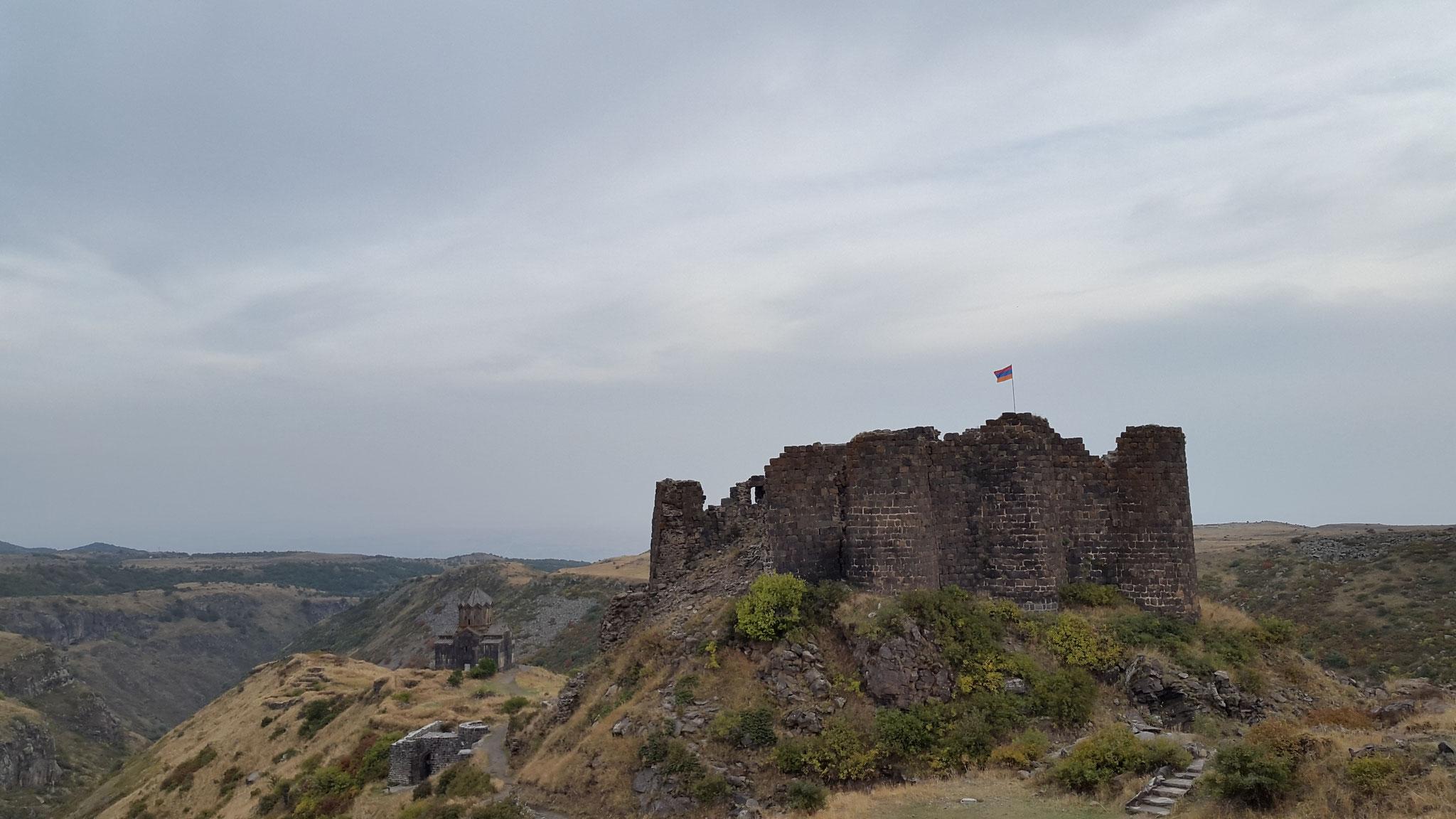 Festung Amberd im Oktober