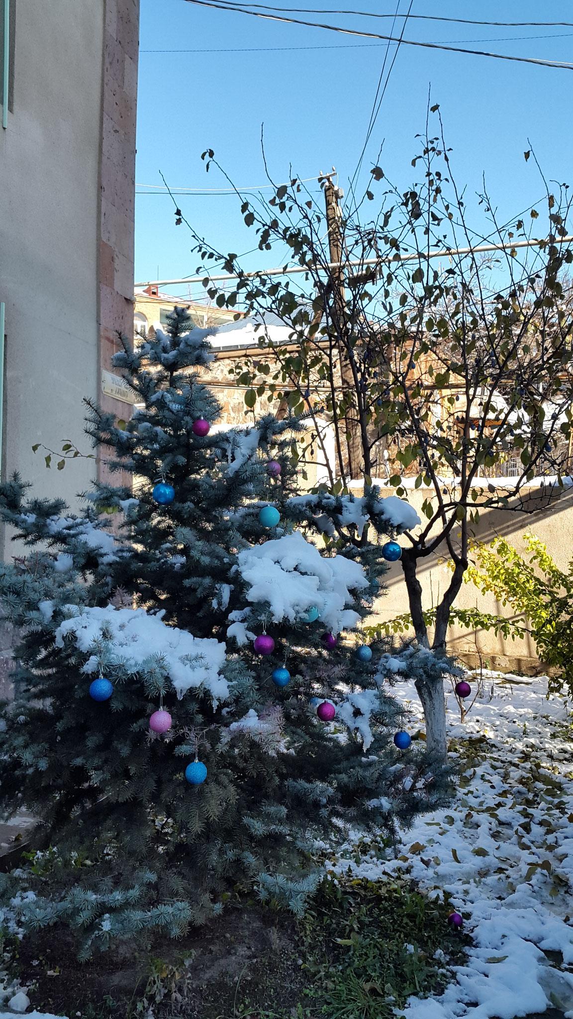 Dezember 2015: Yerevan verschneit
