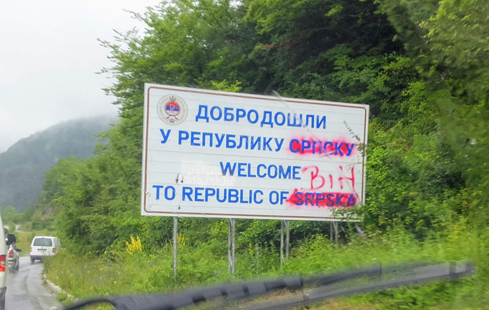 Politisches Graffiti