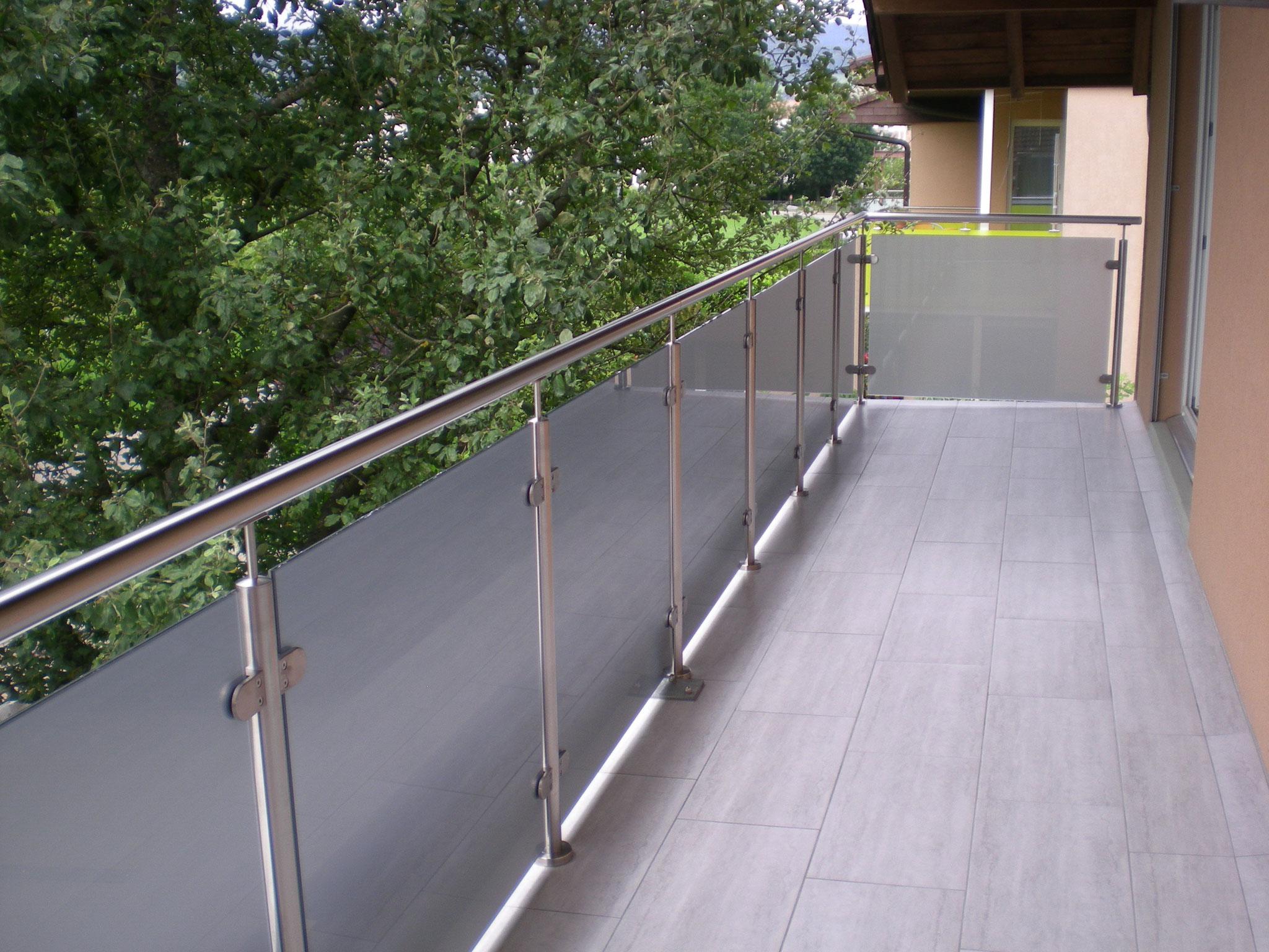 Geländer mit Glas Standard - Dullikon 2016