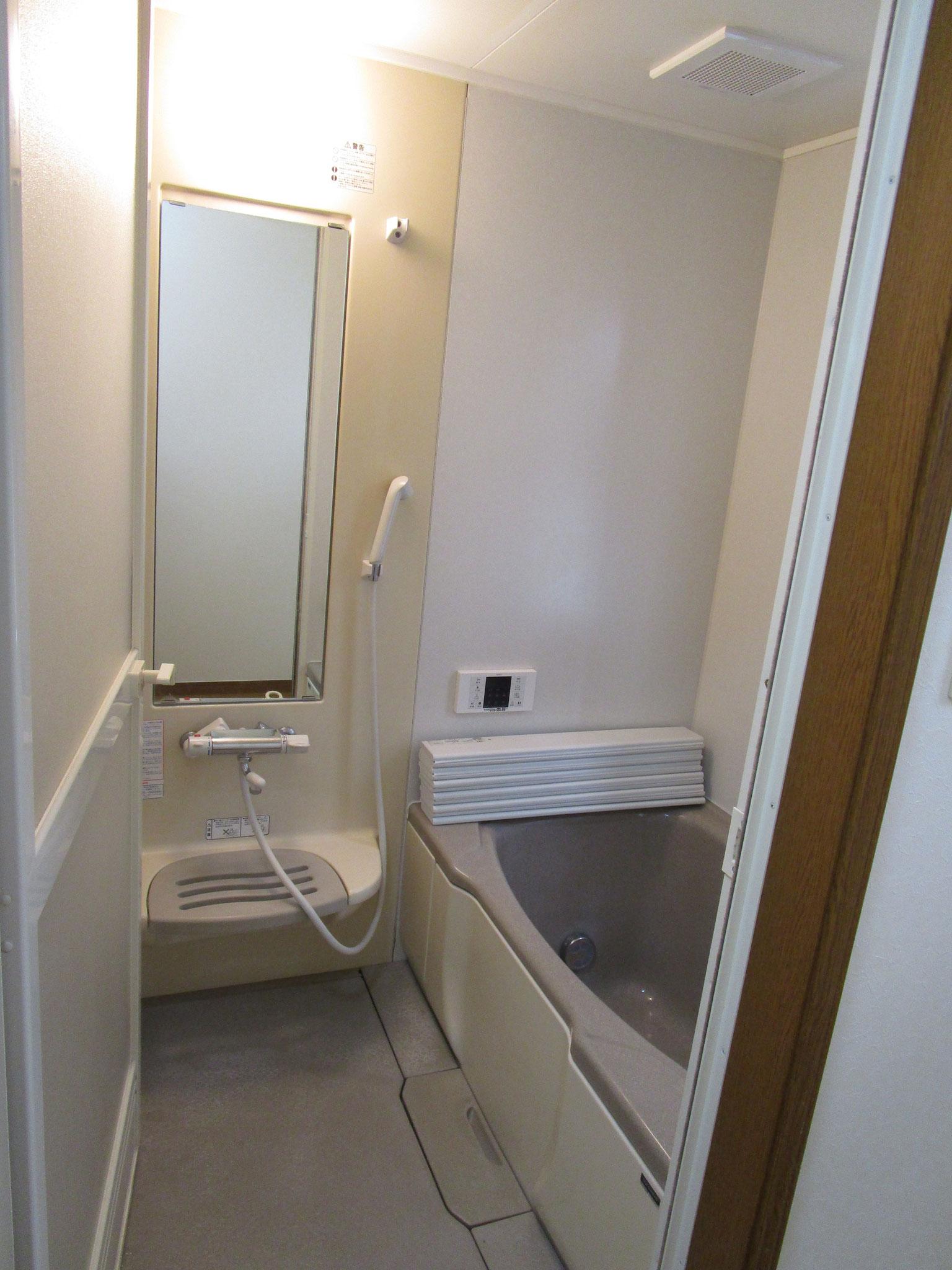 浴室。大きな浴槽です