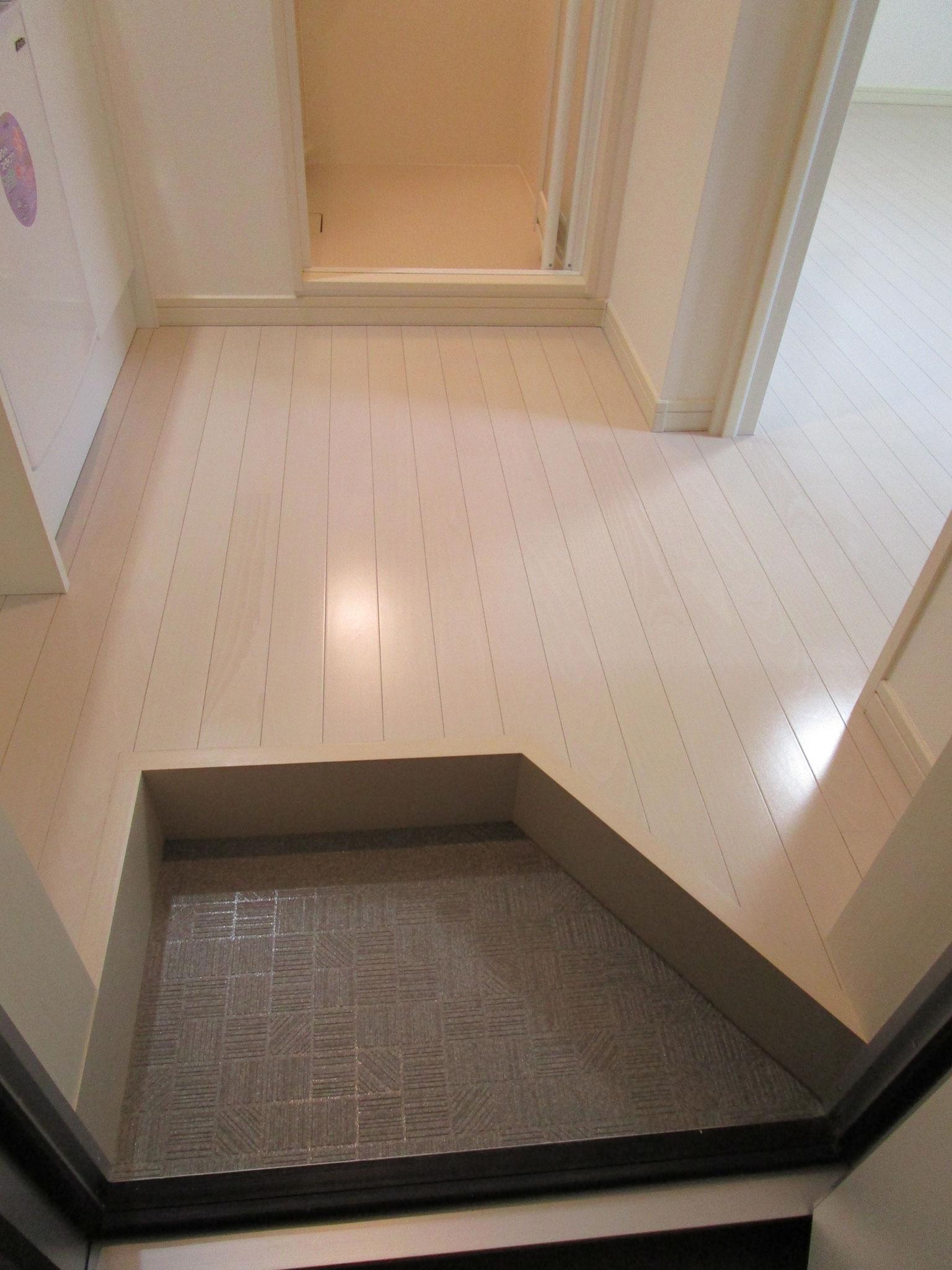103号室のお向かいのお部屋です