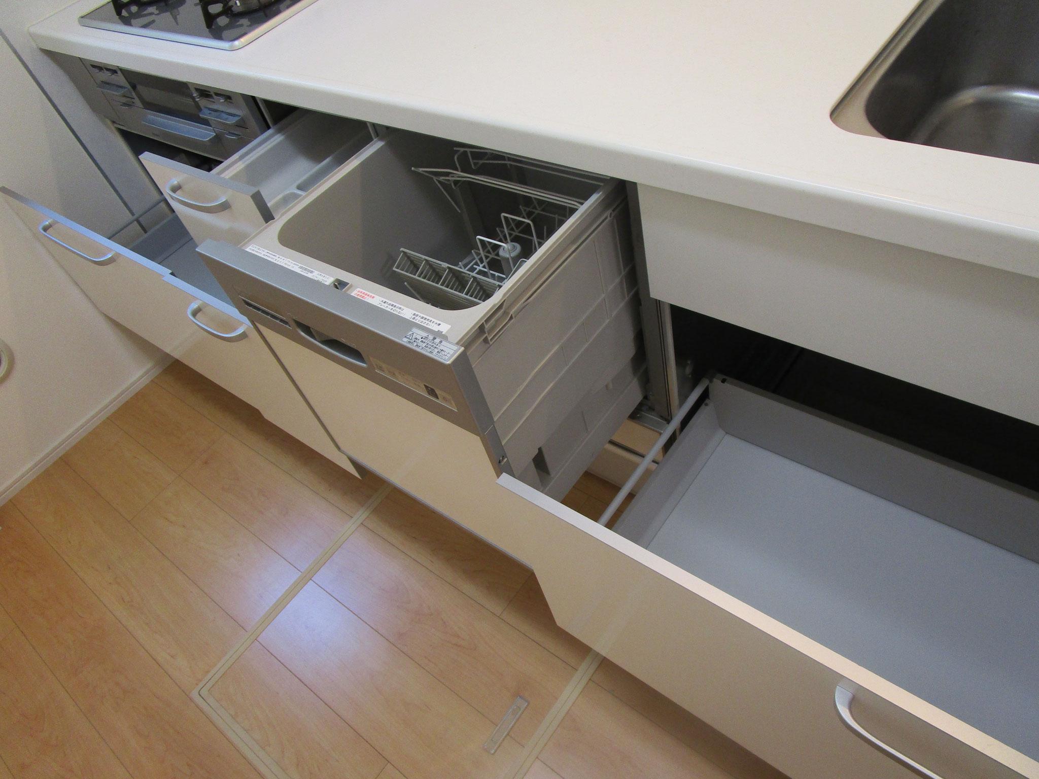食器洗い乾燥機付きです