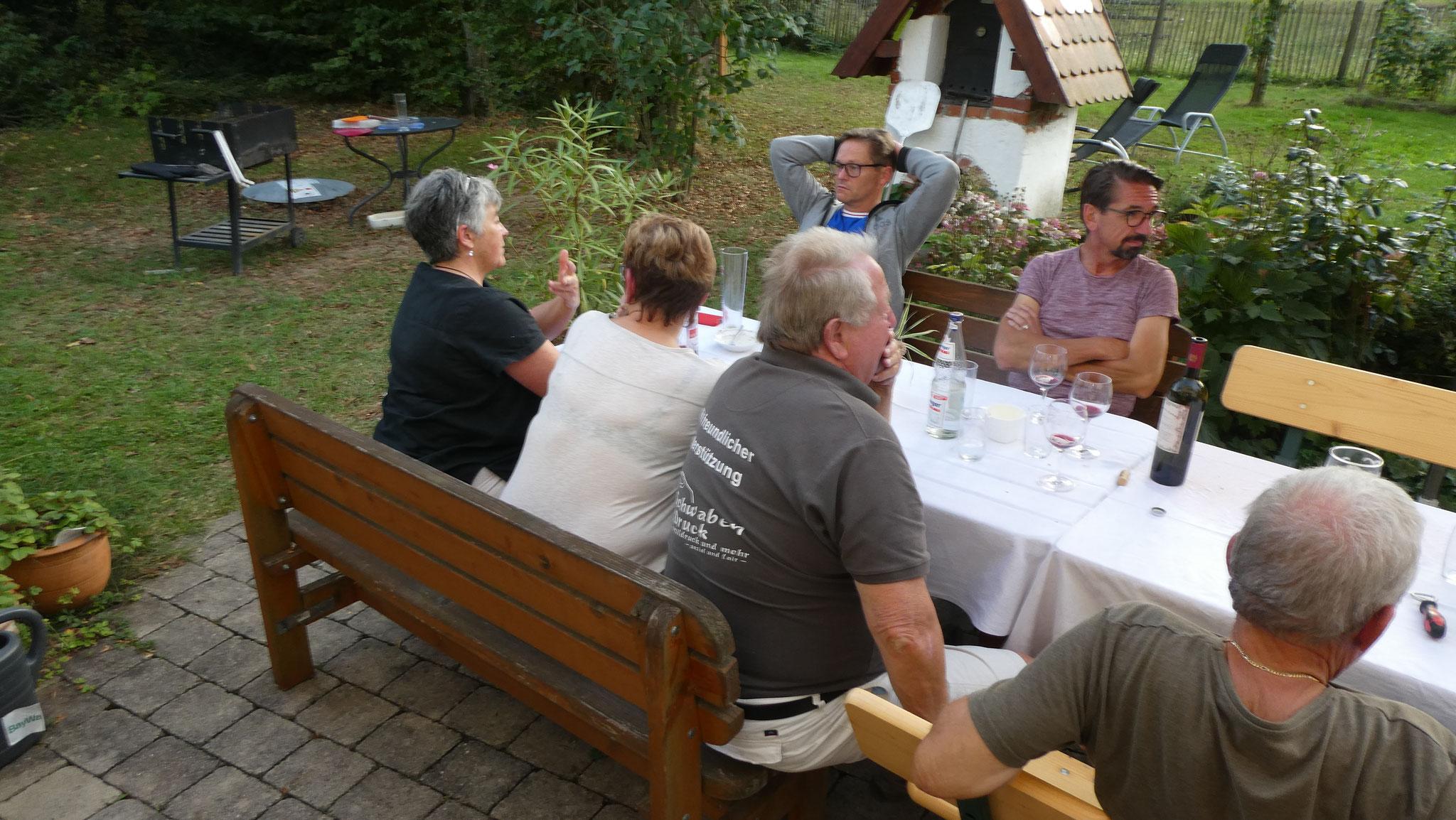 Tafelfreuden & Tafelteam - ein fabelhaftes Sommerfest bei Hermann und Ursula - DANKE!!