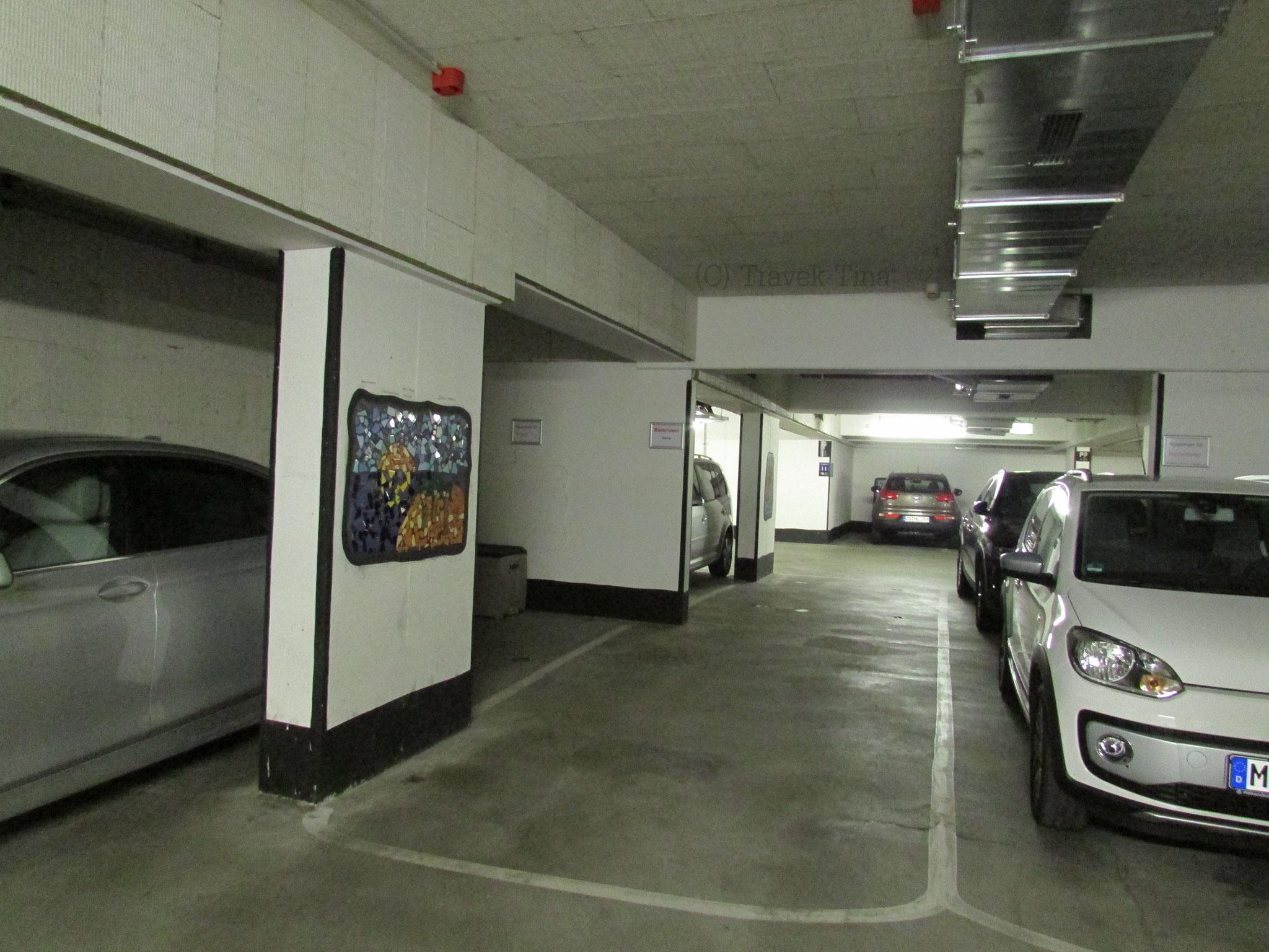 Jeder Parkplatz ist individuell mit einem Bild statt einer Zahl versehen.