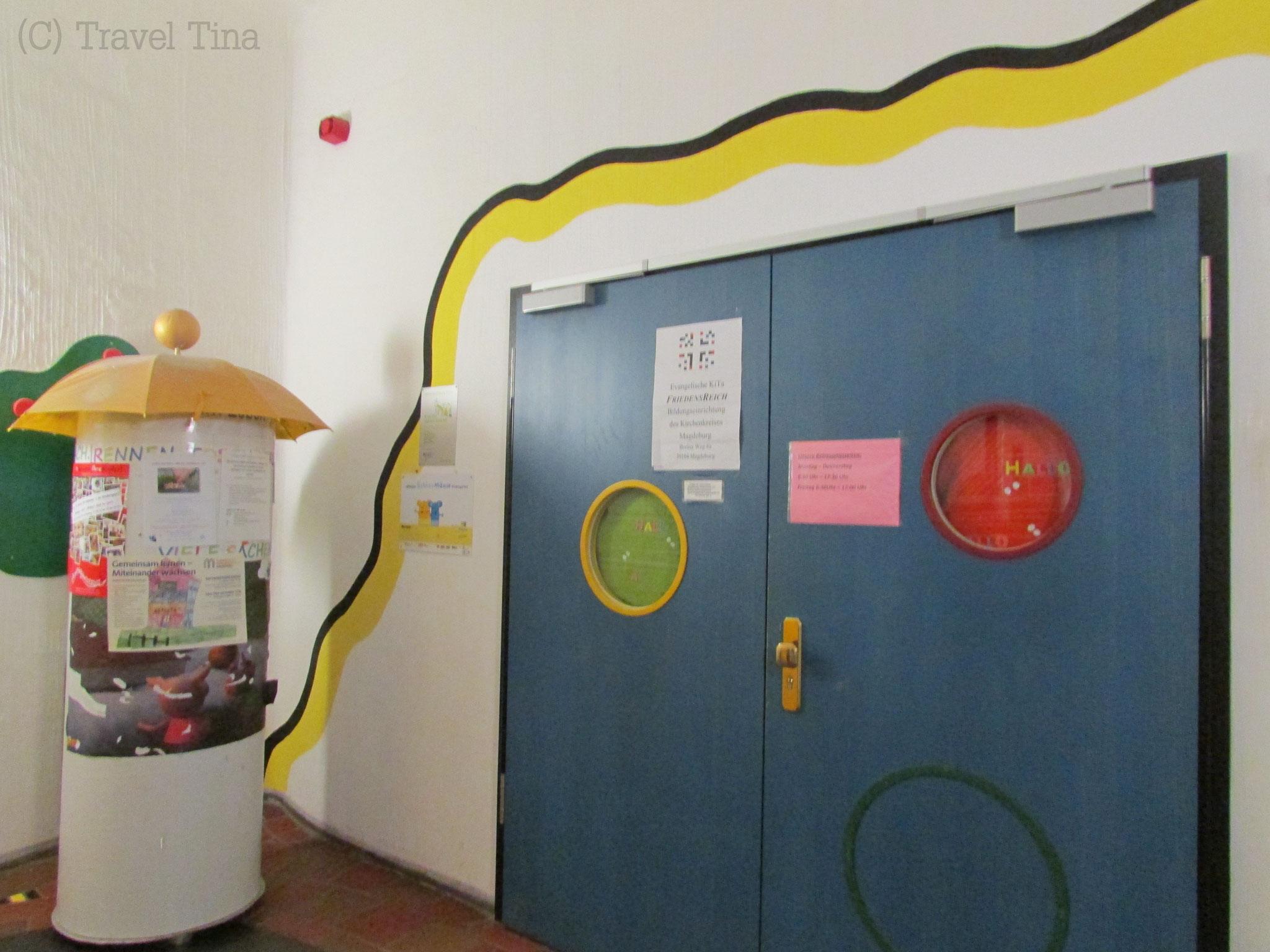 Der Eingang zum Kindergarten.