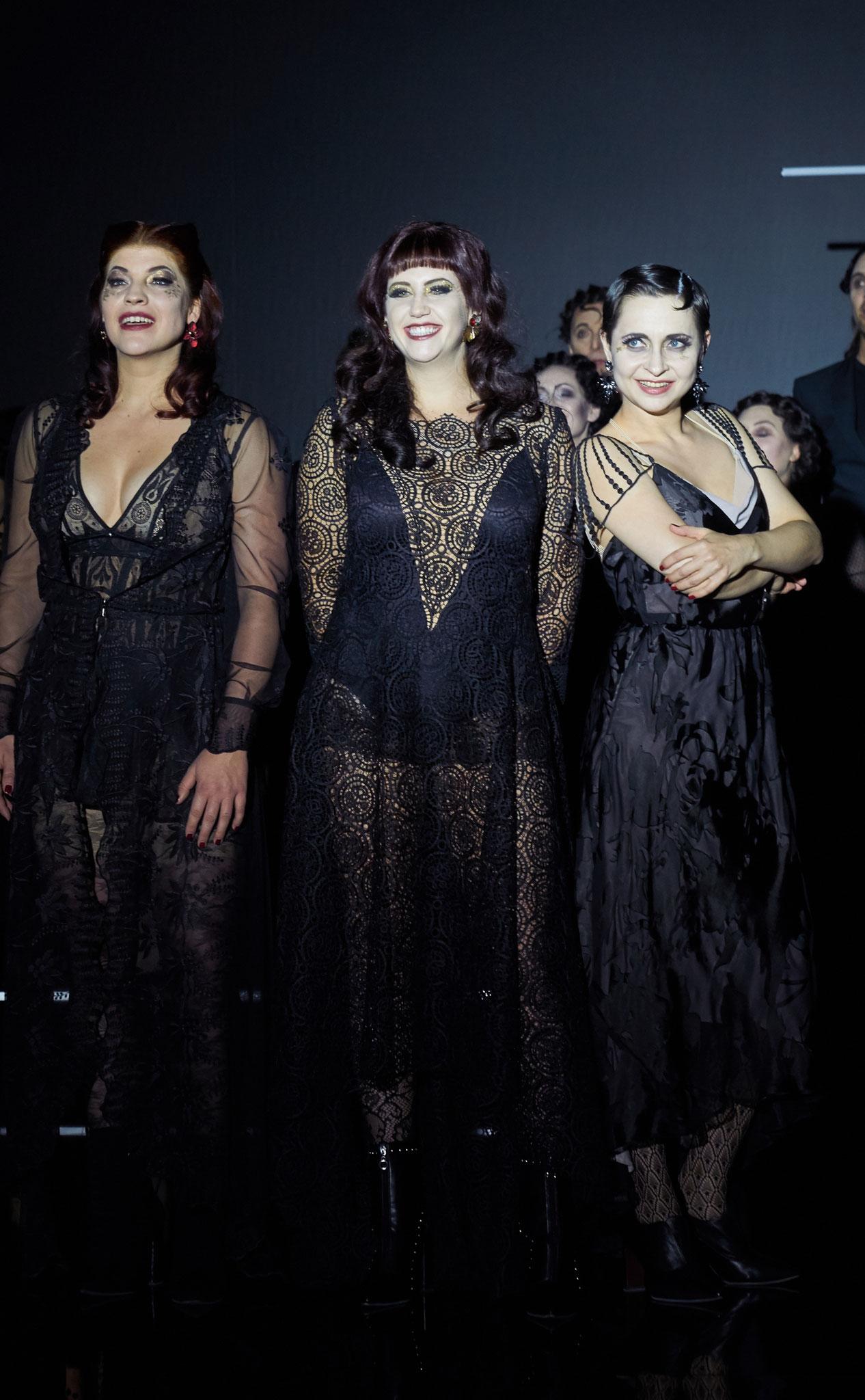 © Ingo Höhn, Manon LT Luzern 2017 mit Sarah Alexandra Hudarew und Rebecca Krynski Cox