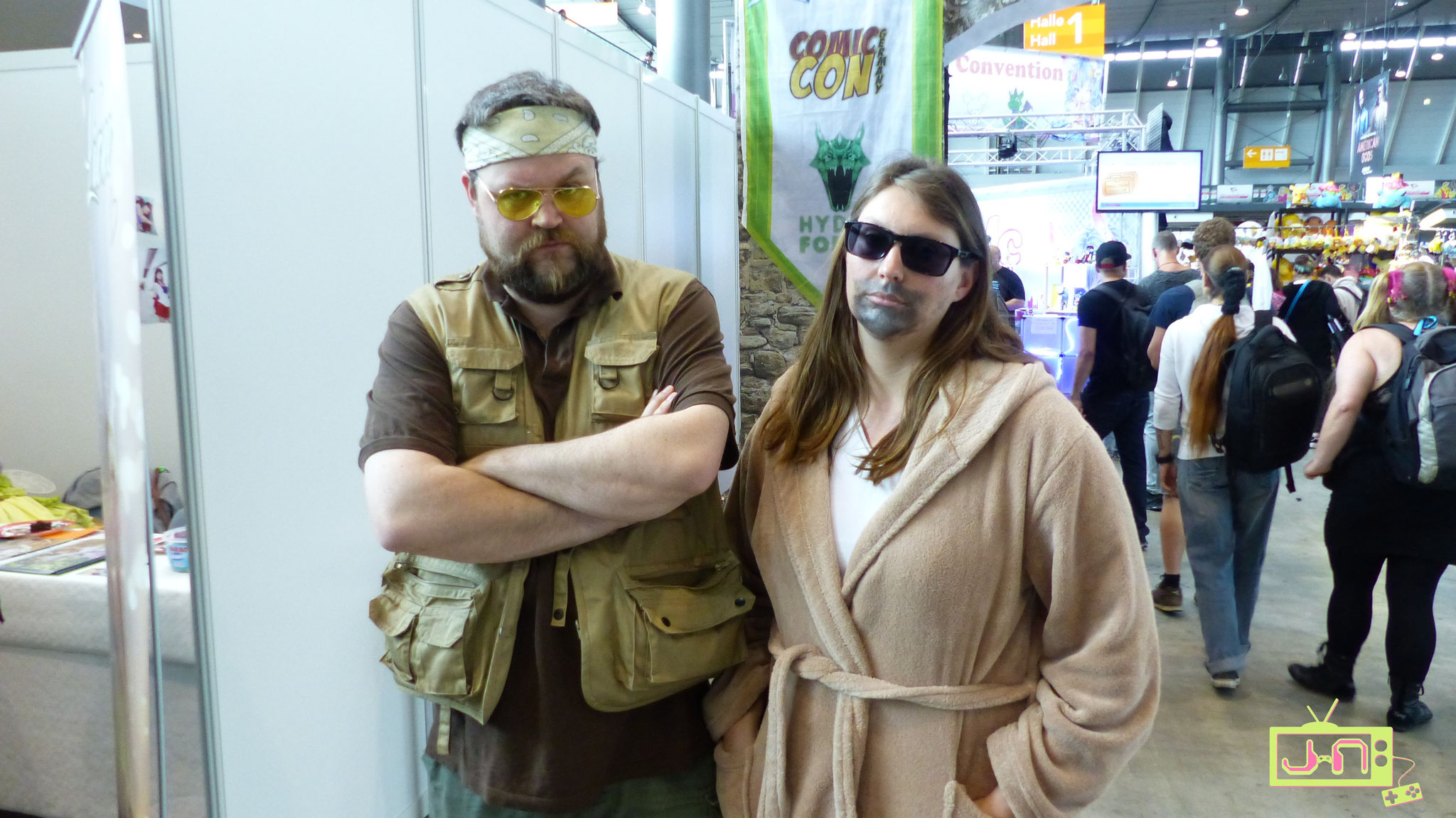 Walter and the Dude.... coolest Cosplay ever