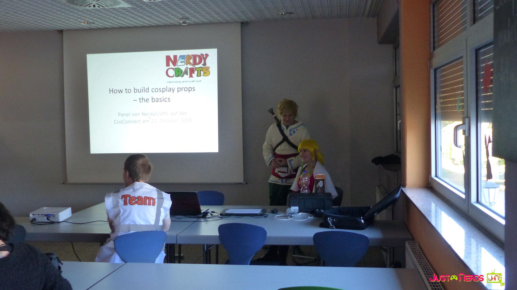 Nerdy Crafts Vortrag zum Thema Waffenbau