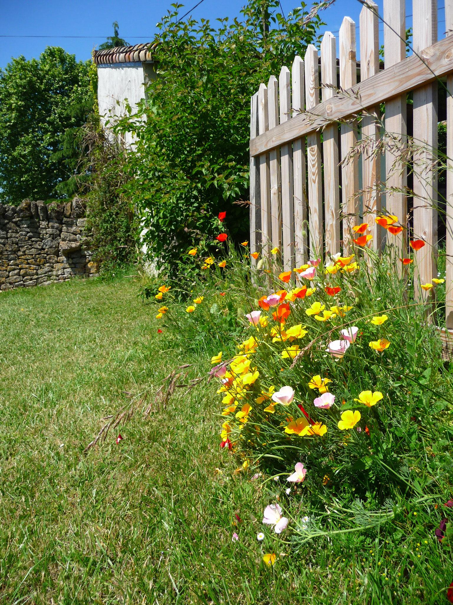 Gîte La Ponne, dans le jardin