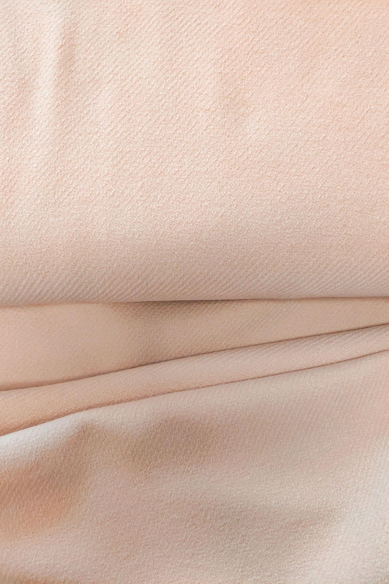 "Stoff ""Nude"", 72% Wolle, 25% Polyamid, 3% Elasthan"