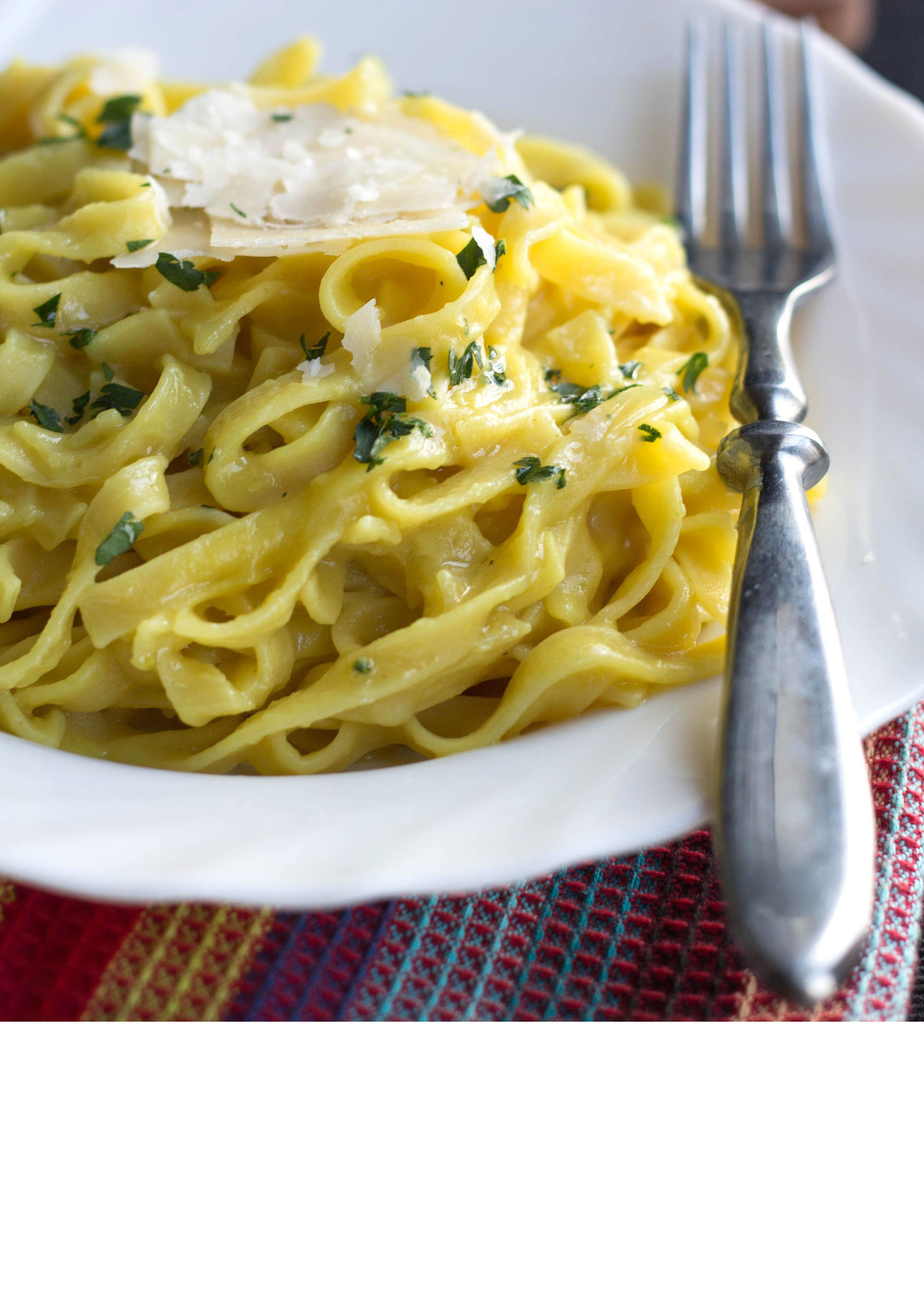 Auch Safran Gerichte können einfach gehen, wie die Safran Pasta.