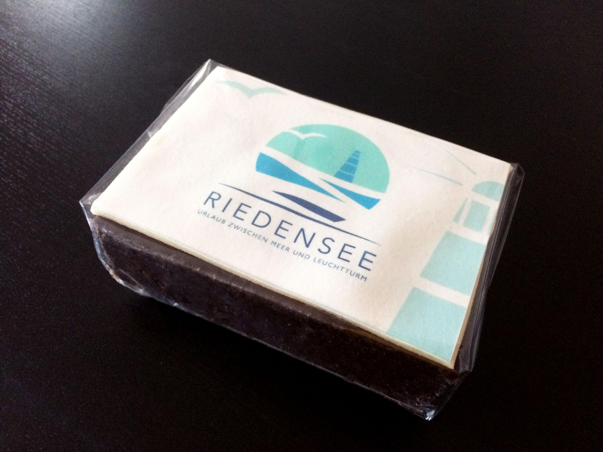 Gestaltung Kuchen im Corporate Design