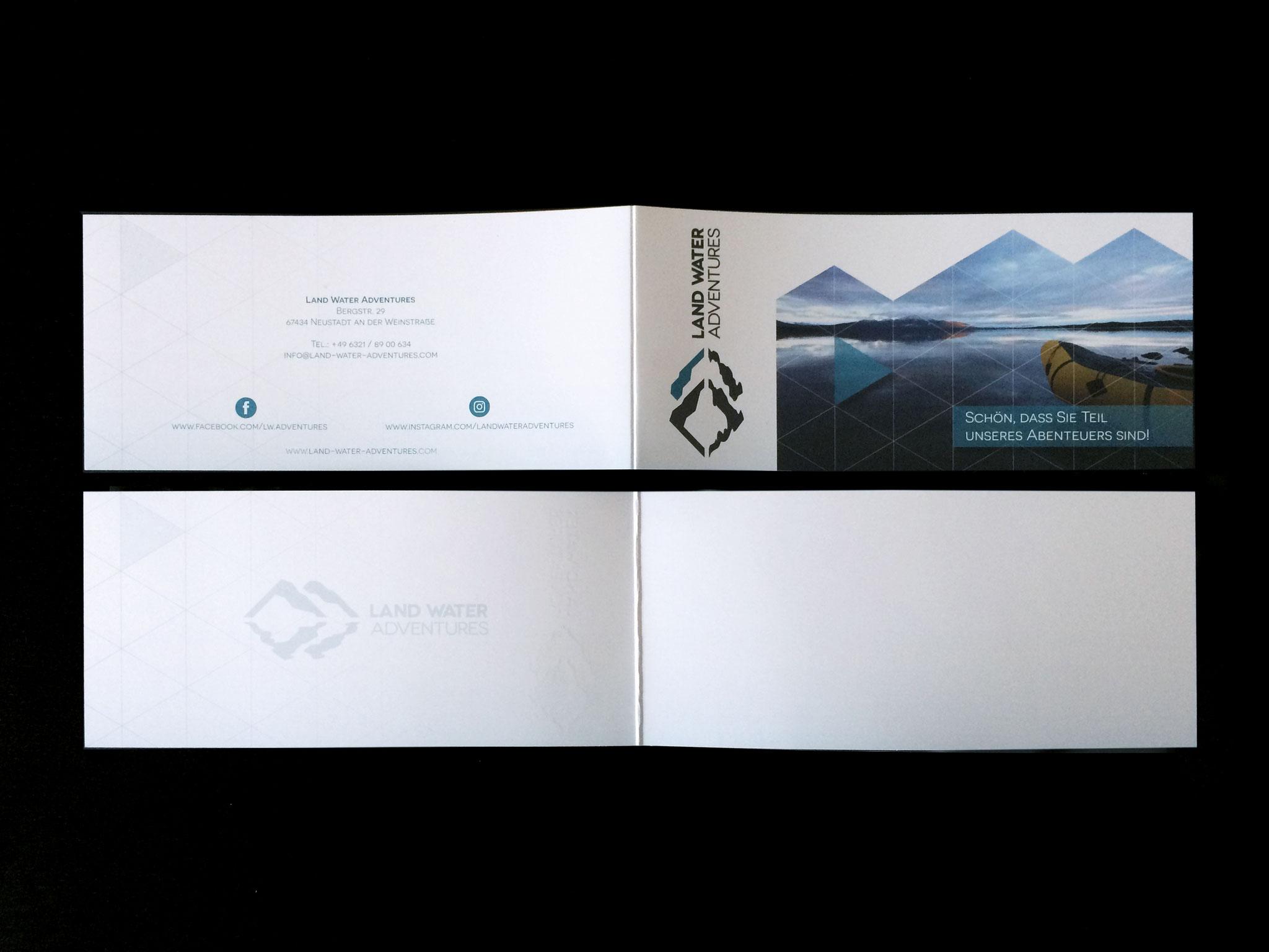 Gestaltung Faltkarte DINlang im neuen Corporate Design
