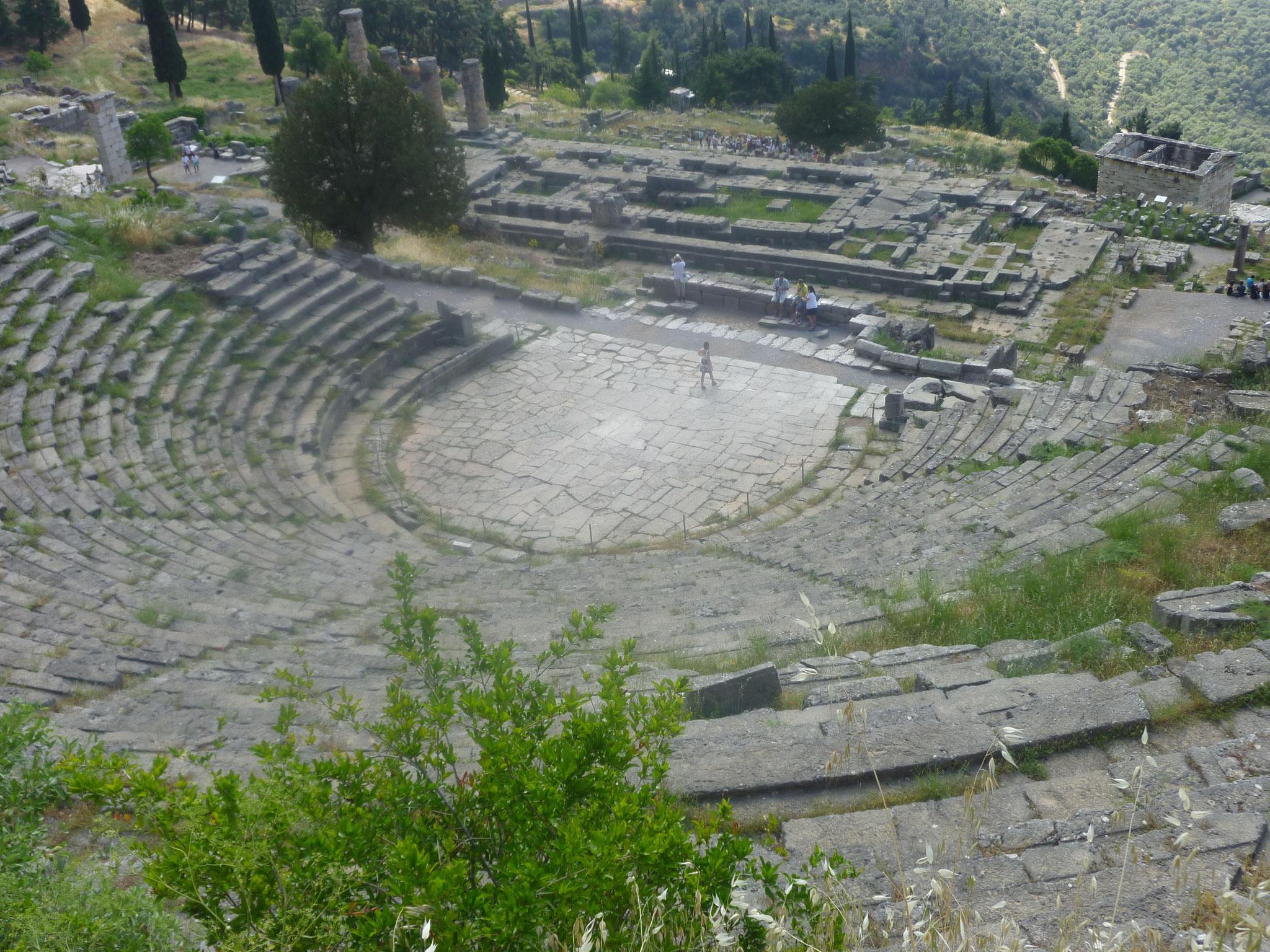 Delphes : théâtre