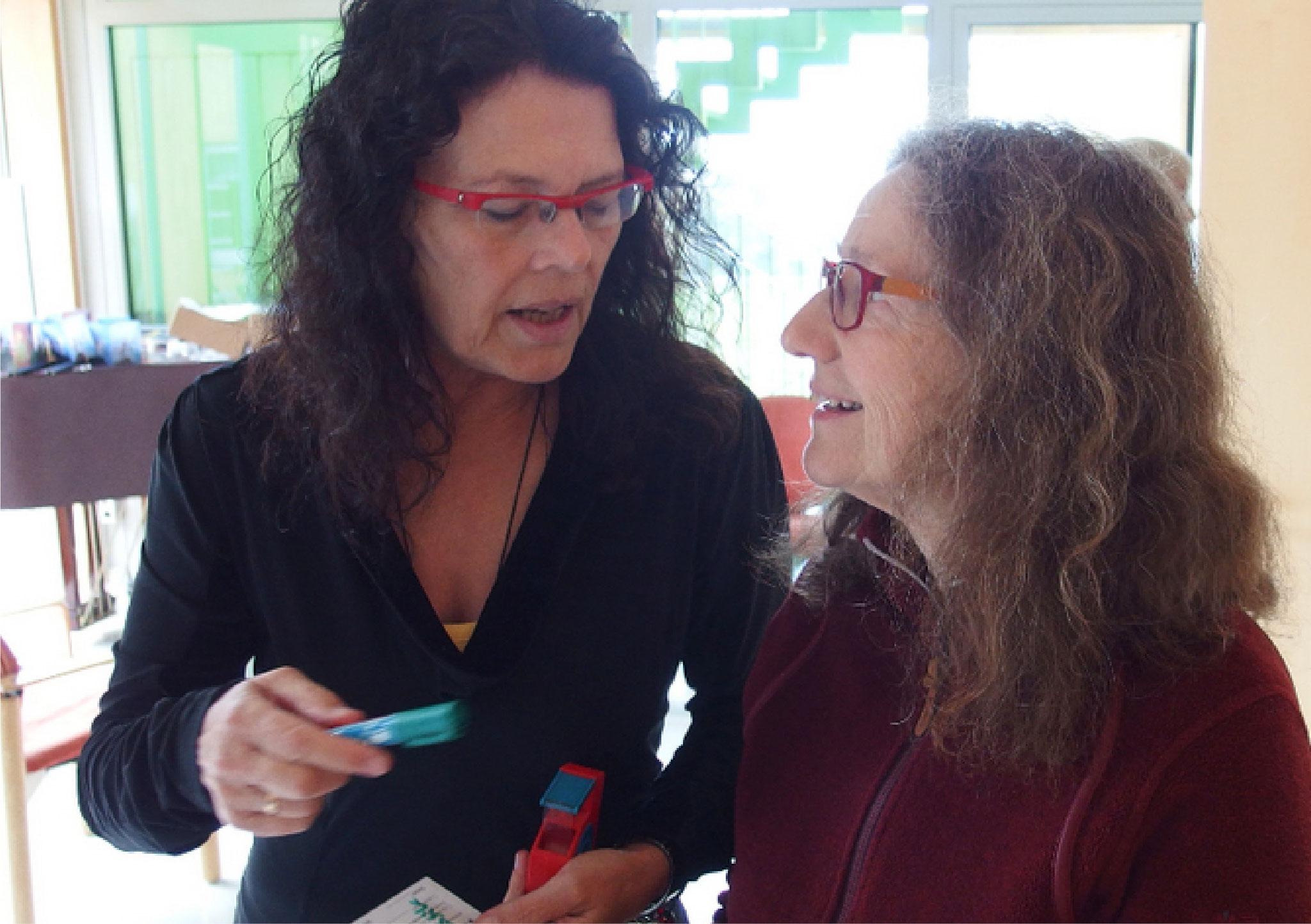 Angelika Steveling und Monika Steffen...