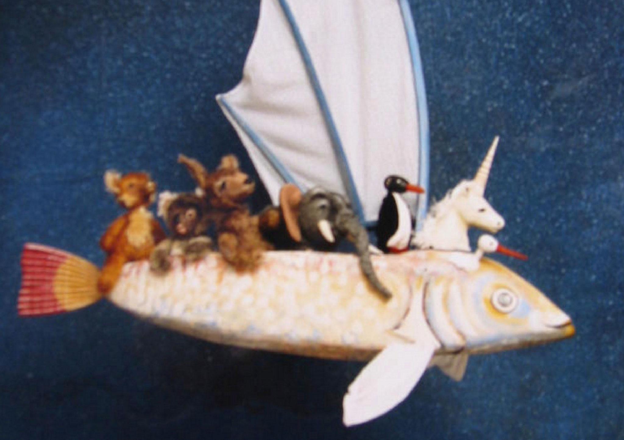 Von Land zu Land füllt sich das Fischschiff, bis es einer Arche Noah gleicht.