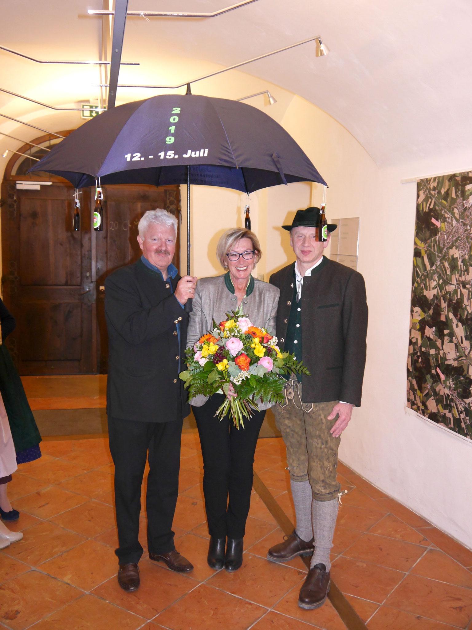 Schirmherr Erwin Baumgartner mit dessen Gattin und 1. Vorstand Martin Huber