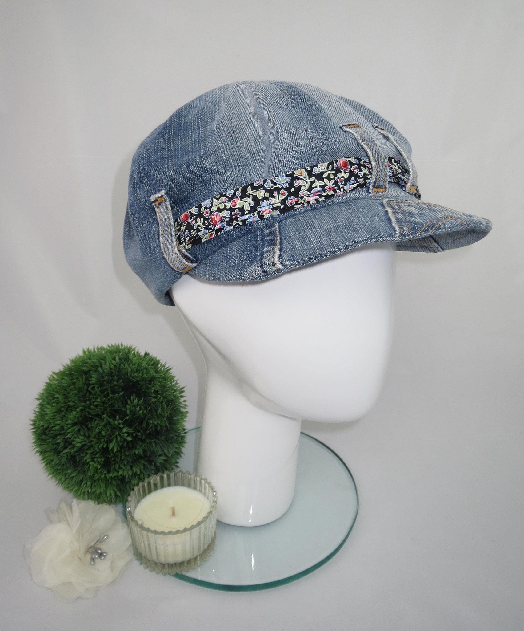Schimü_07, Baumwolljeans, durch die verschiedenen Jeanswaschungen ist jedes Modell ein Unikat, in jeder gewünschten Kopfgröße herstellbar, Preis: 59,90 €