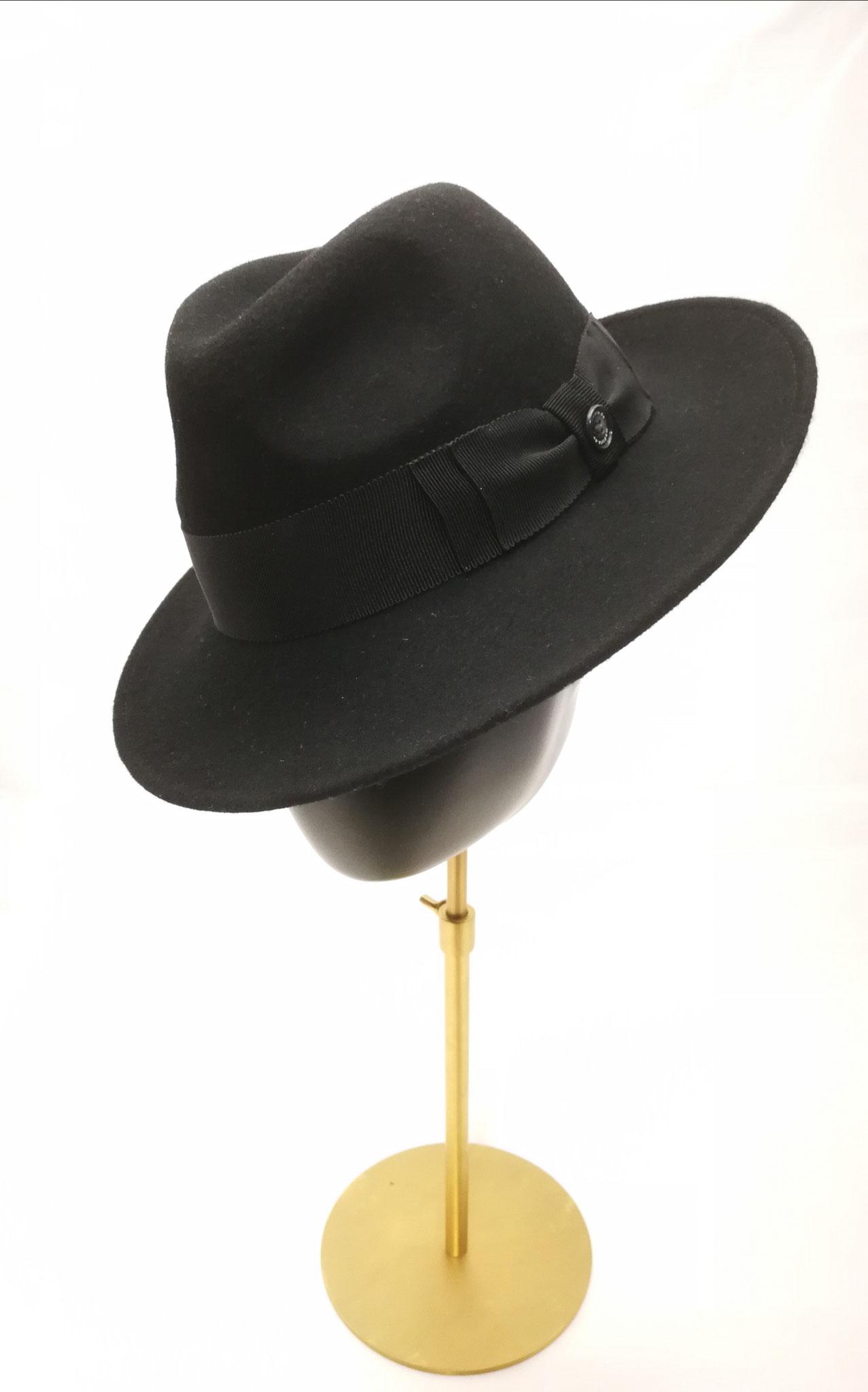 Herrenfilzhut,  eigene Herstellung, Abbildung mit klassischer Ripsbandgarnitur - Preis 179,90 €