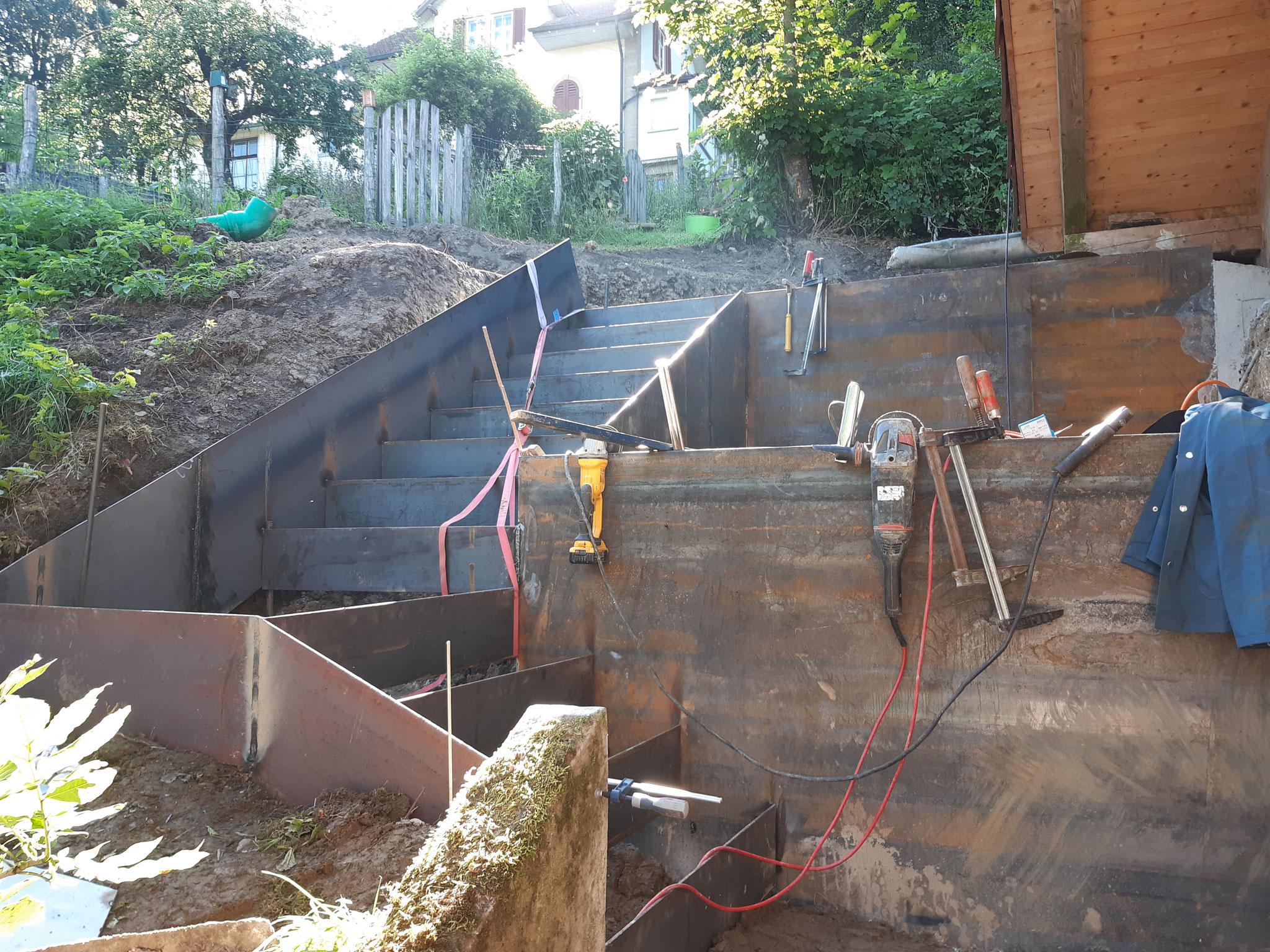 Treppenanlage, Stahl-Beton Kombi, Schmiedrued AG