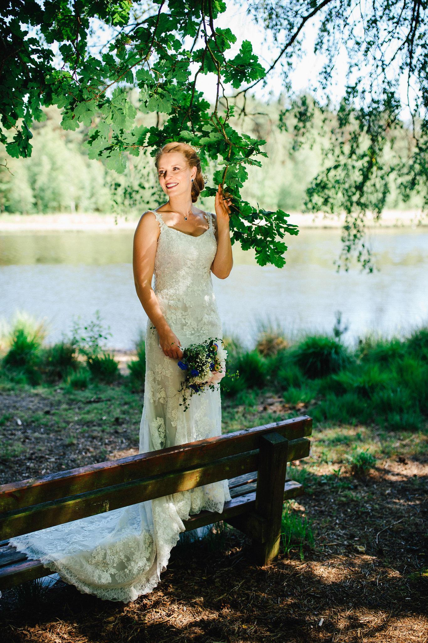 Braut am See